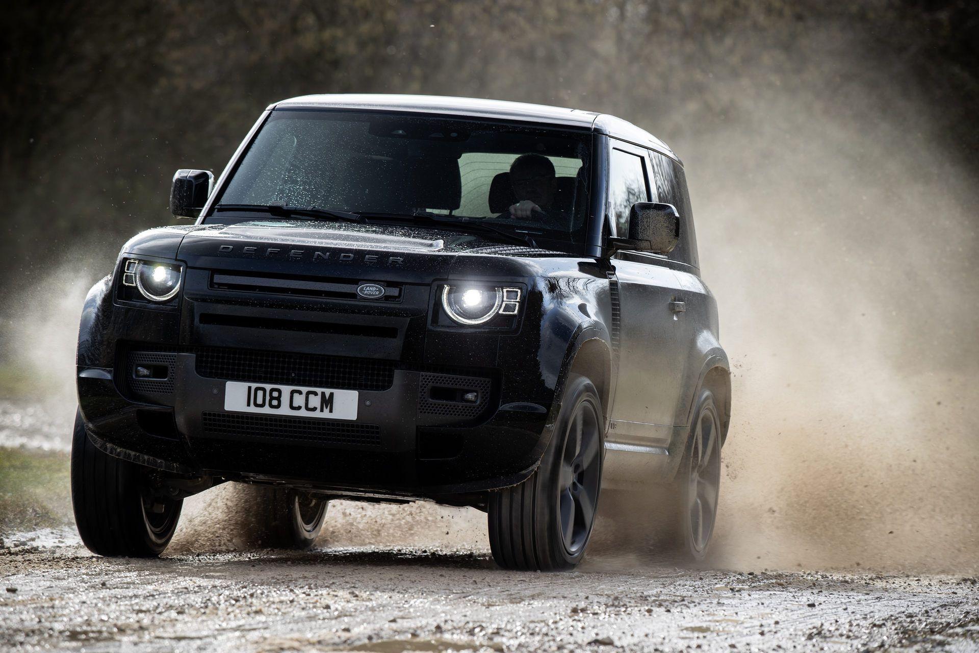 Land-Rover-Defender-V8-27