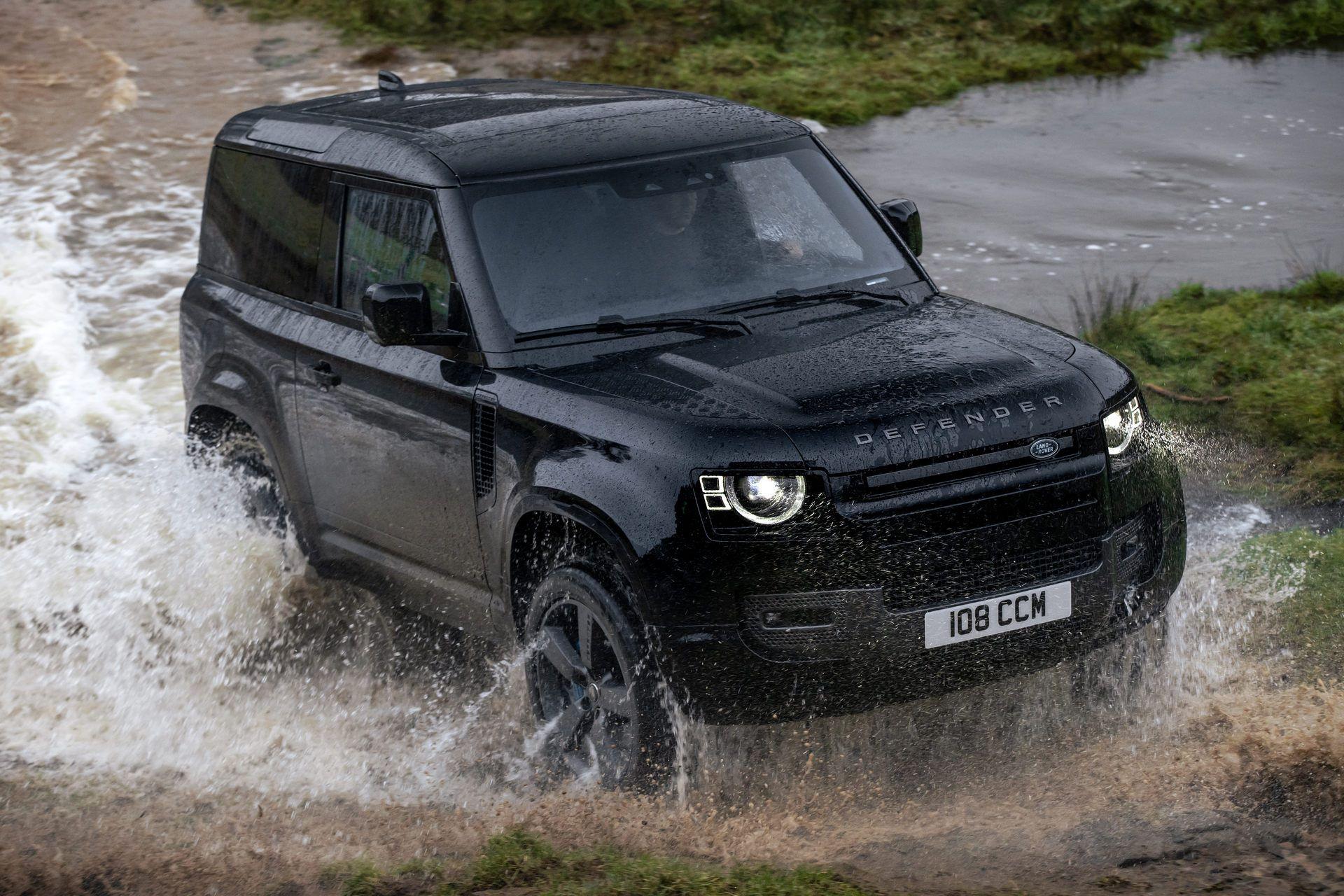 Land-Rover-Defender-V8-32