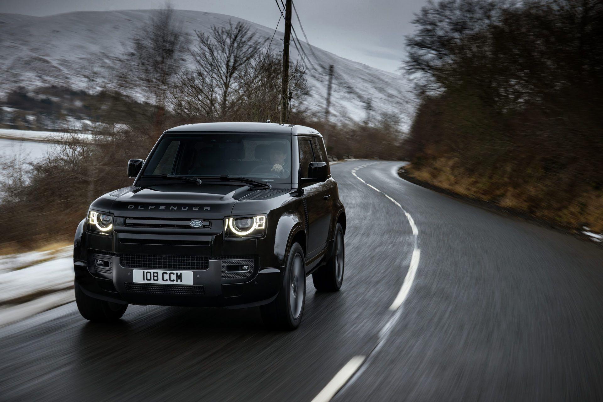 Land-Rover-Defender-V8-40