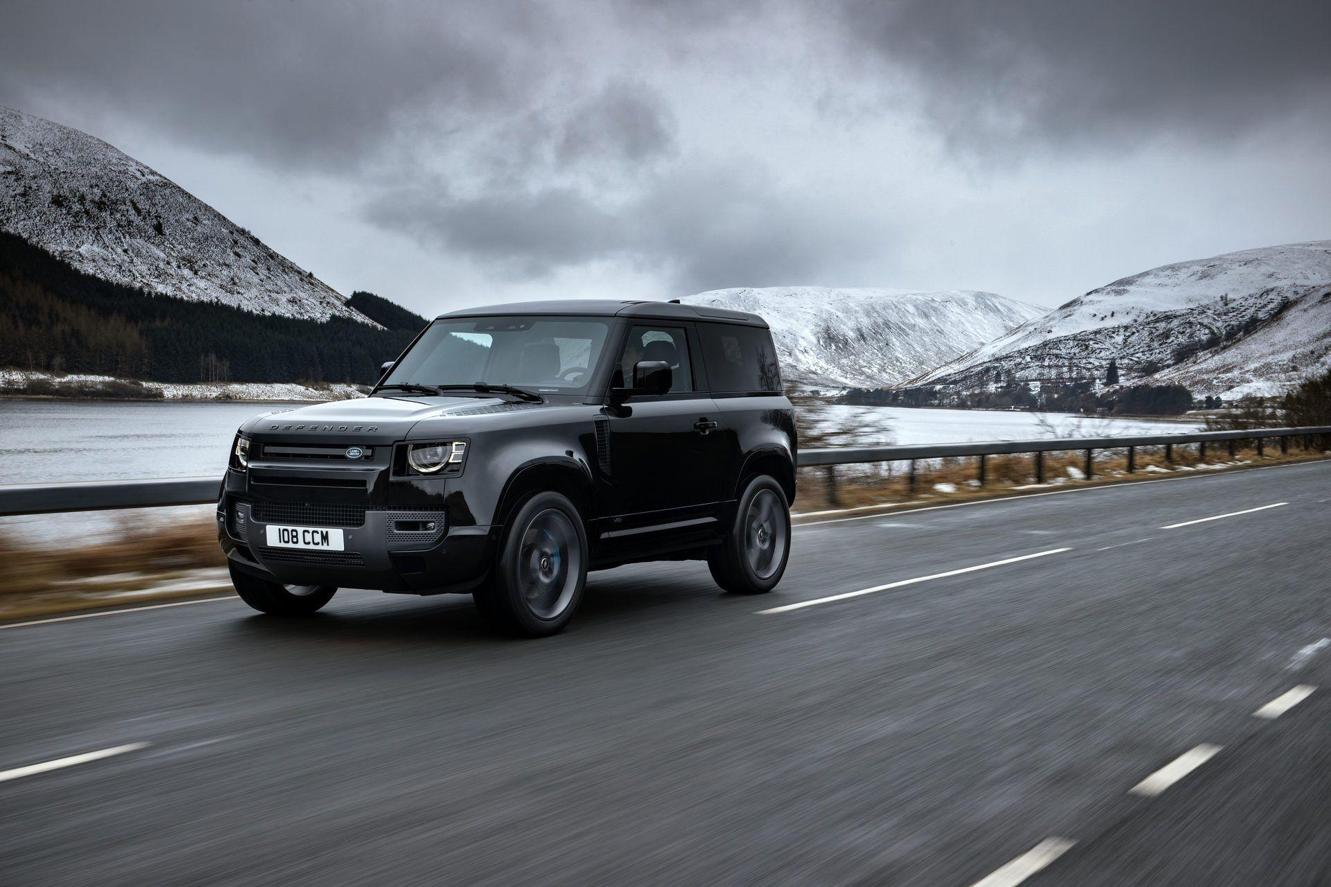 Land-Rover-Defender-V8-42