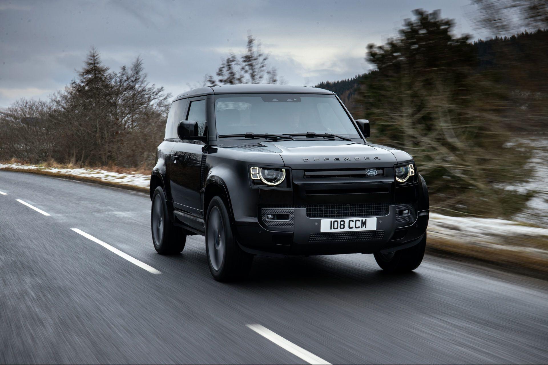 Land-Rover-Defender-V8-44