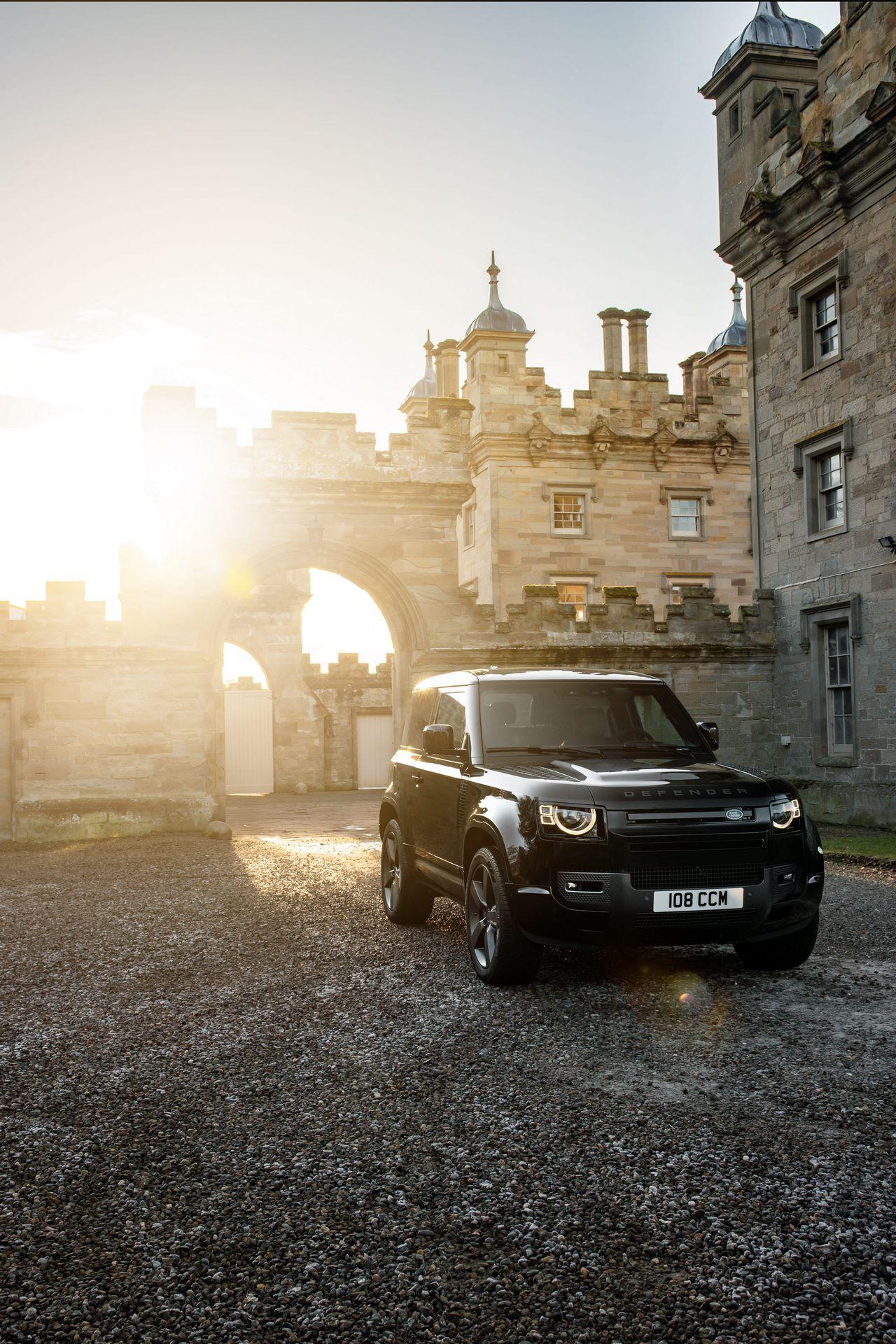 Land-Rover-Defender-V8-58