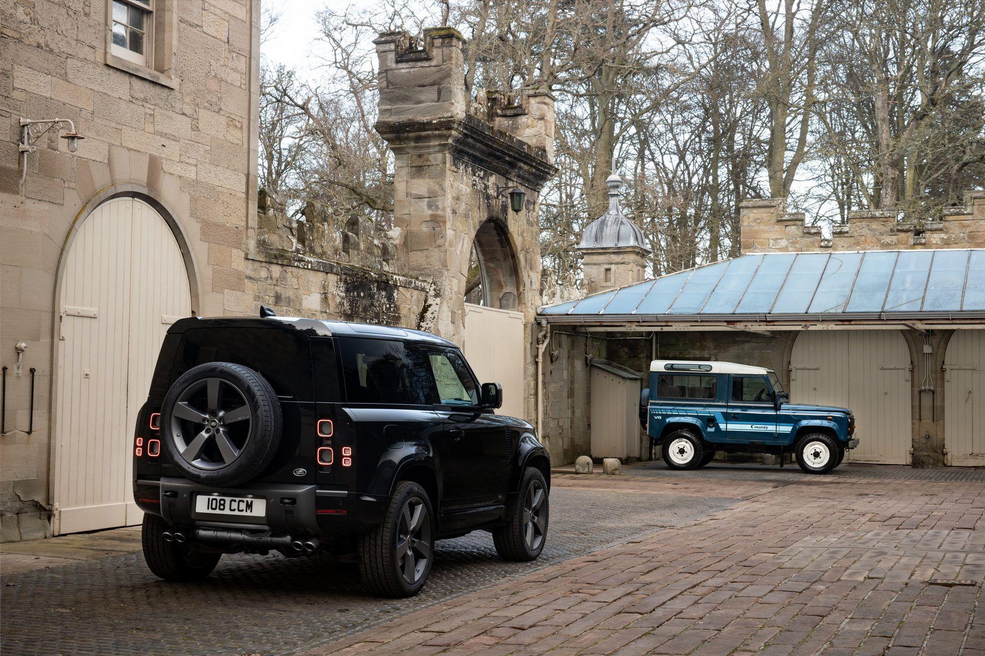 Land-Rover-Defender-V8-6