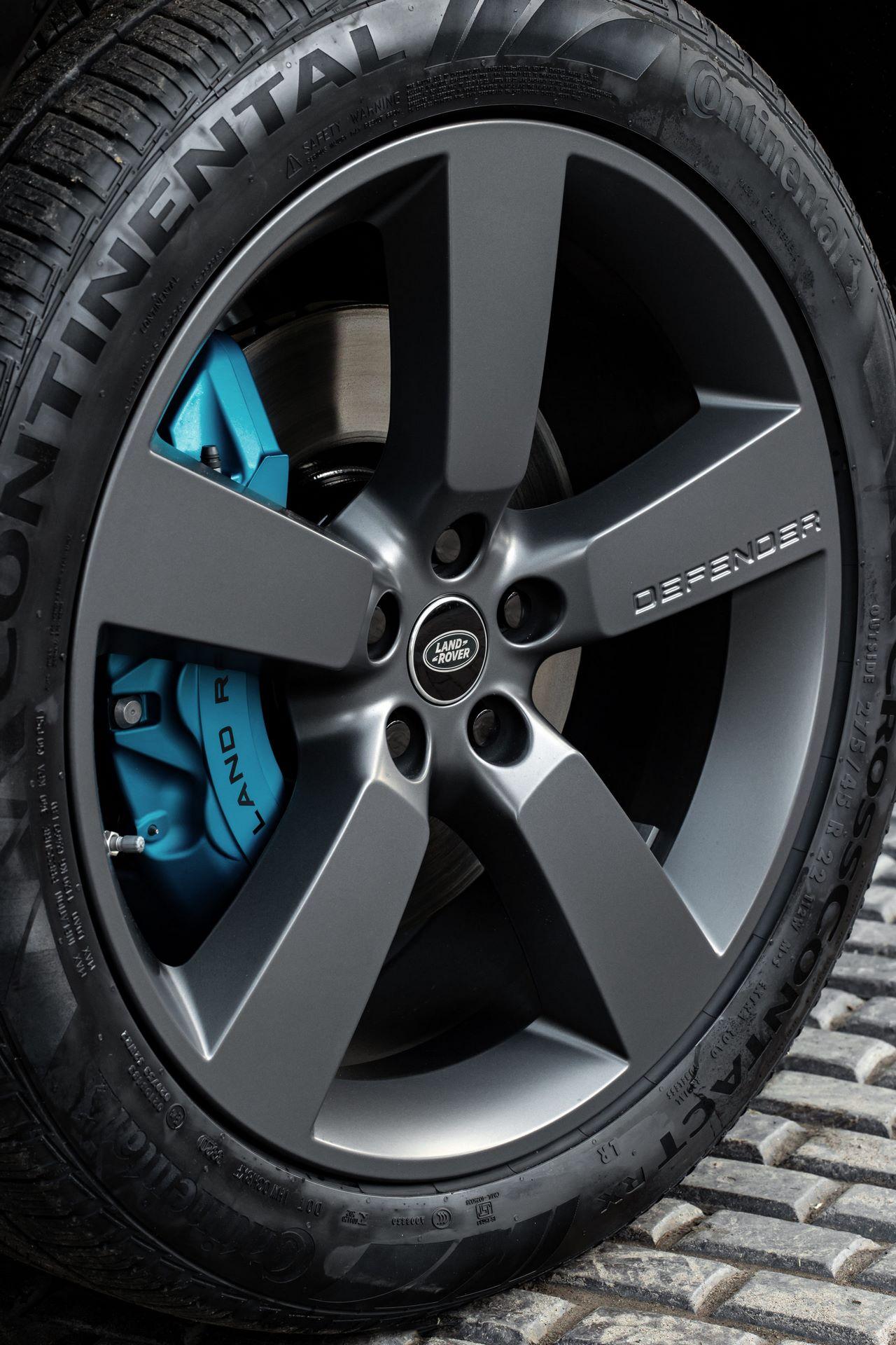 Land-Rover-Defender-V8-61