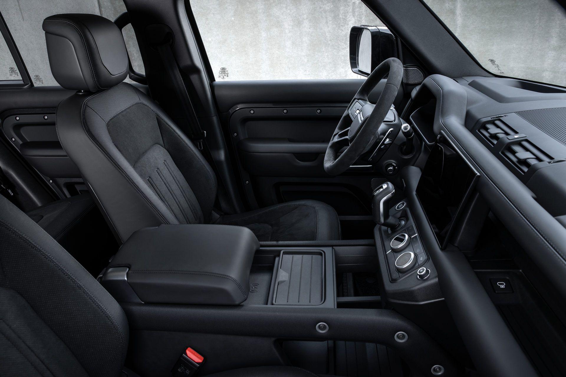 Land-Rover-Defender-V8-66