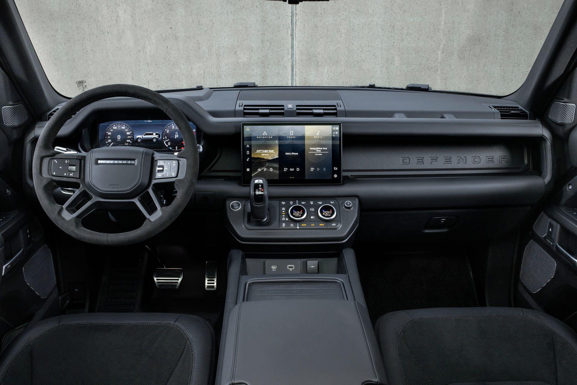 Land-Rover-Defender-V8-67