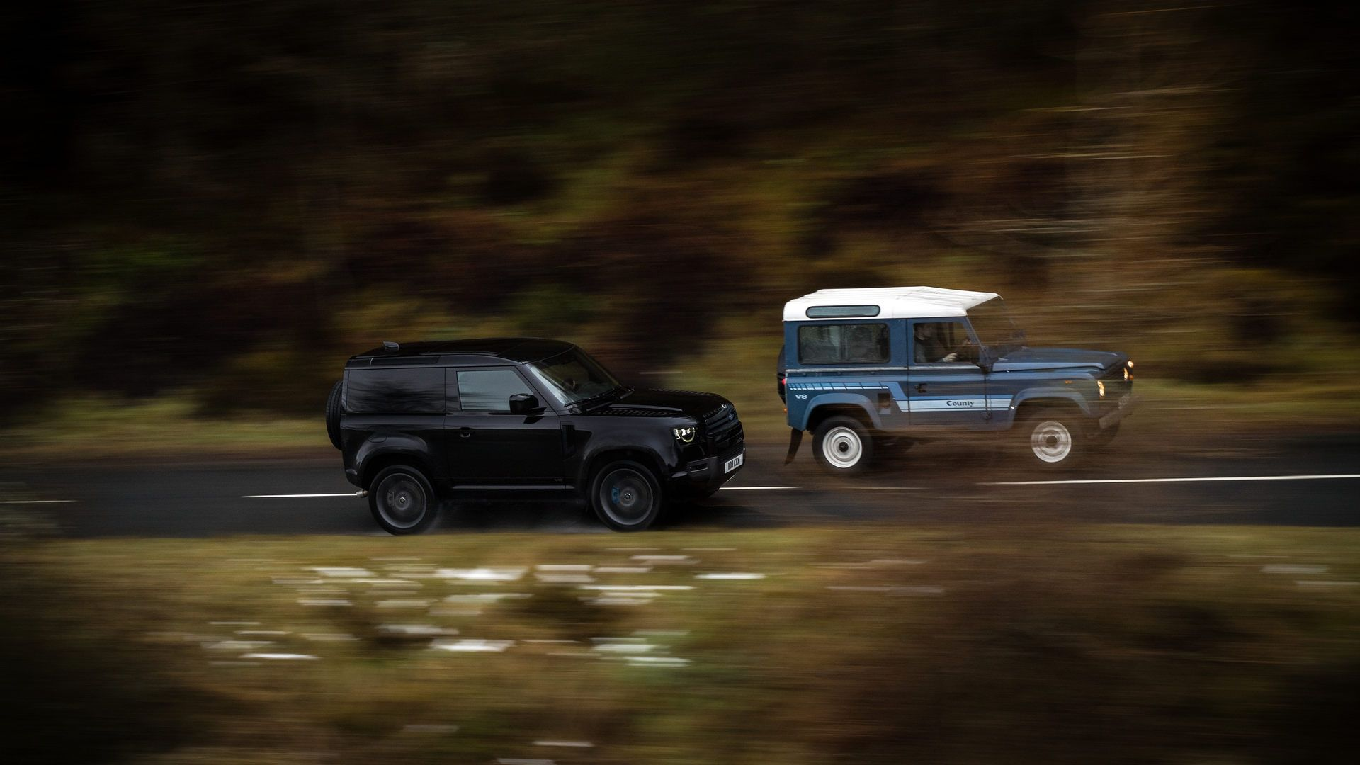 Land-Rover-Defender-V8-7