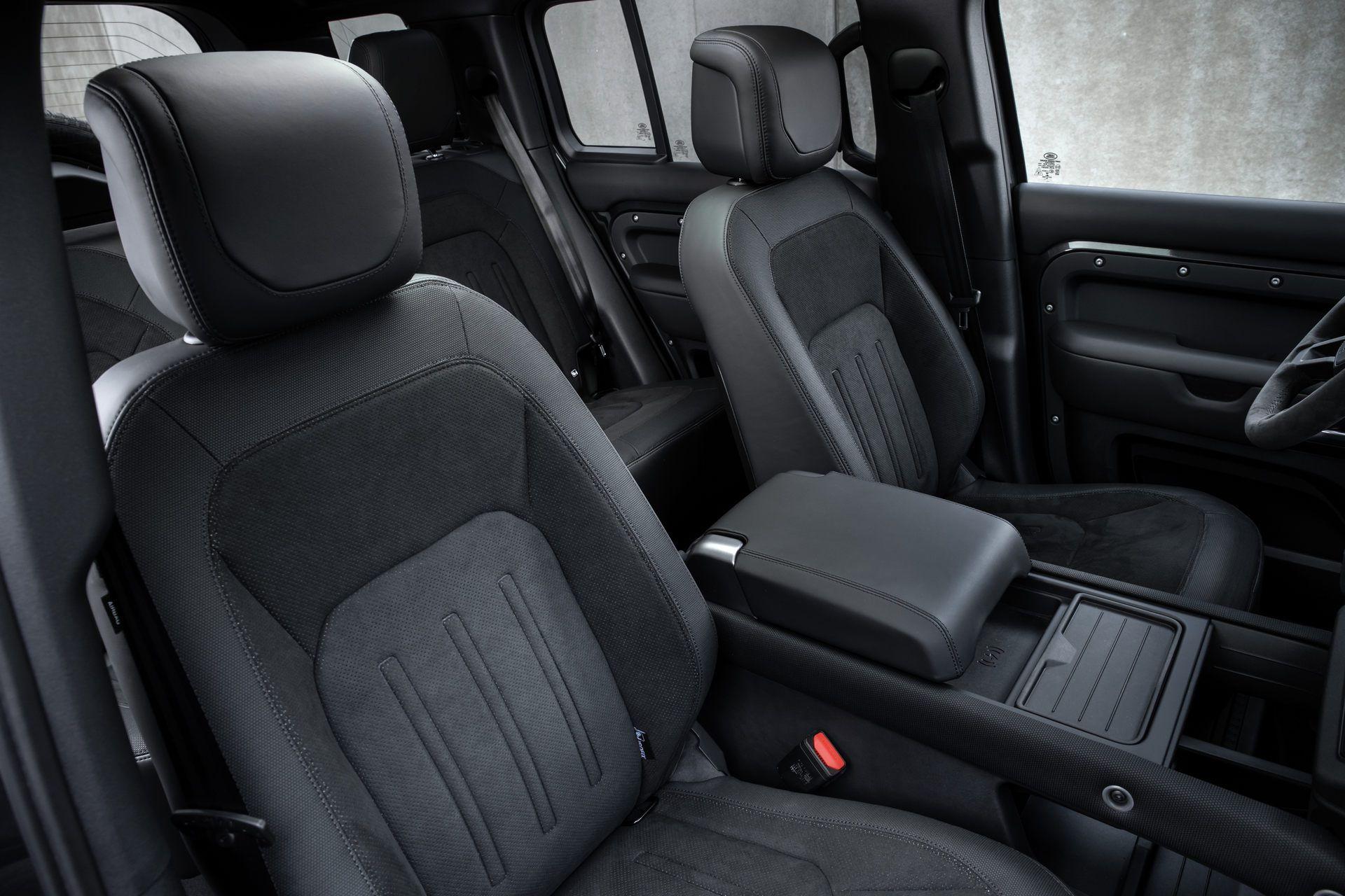 Land-Rover-Defender-V8-72