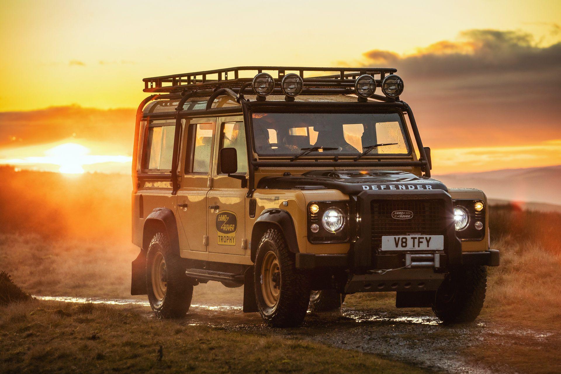 Land-Rover-Defender-Works-V8-Trophy-1