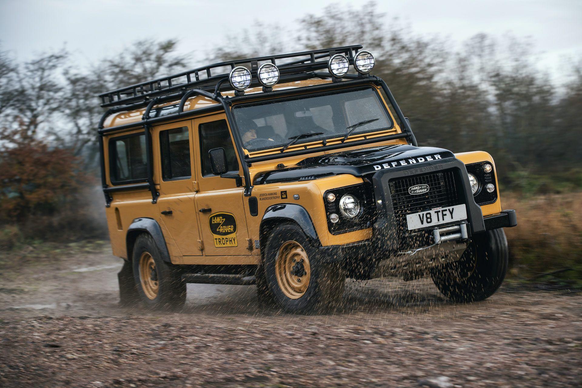 Land-Rover-Defender-Works-V8-Trophy-13
