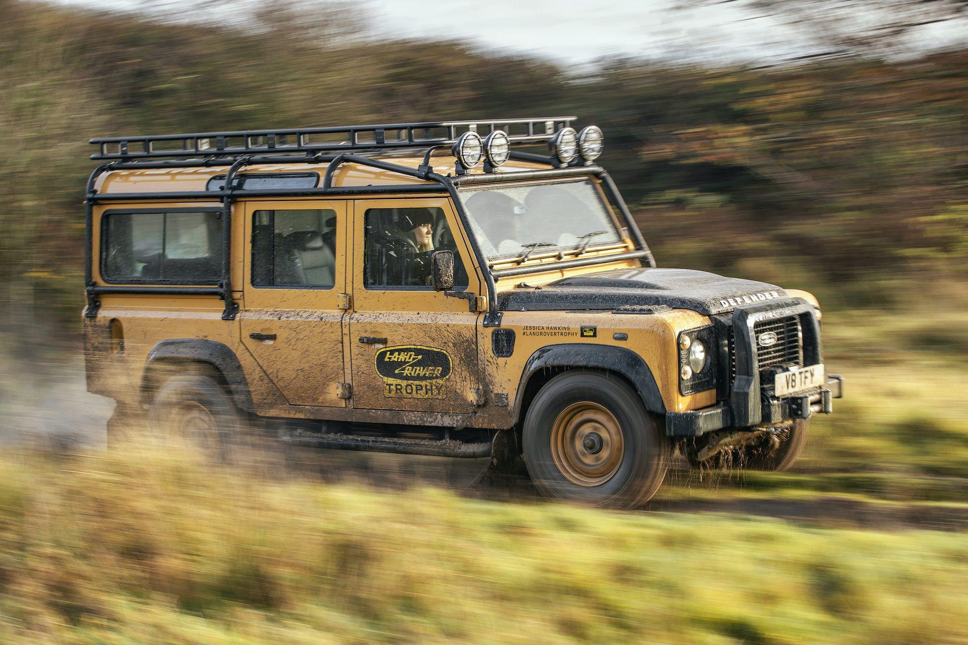 Land-Rover-Defender-Works-V8-Trophy-21