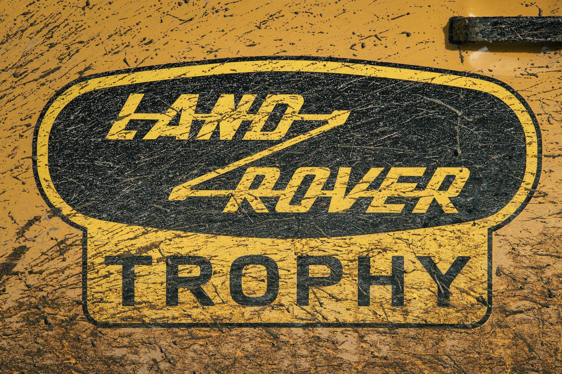 Land-Rover-Defender-Works-V8-Trophy-32