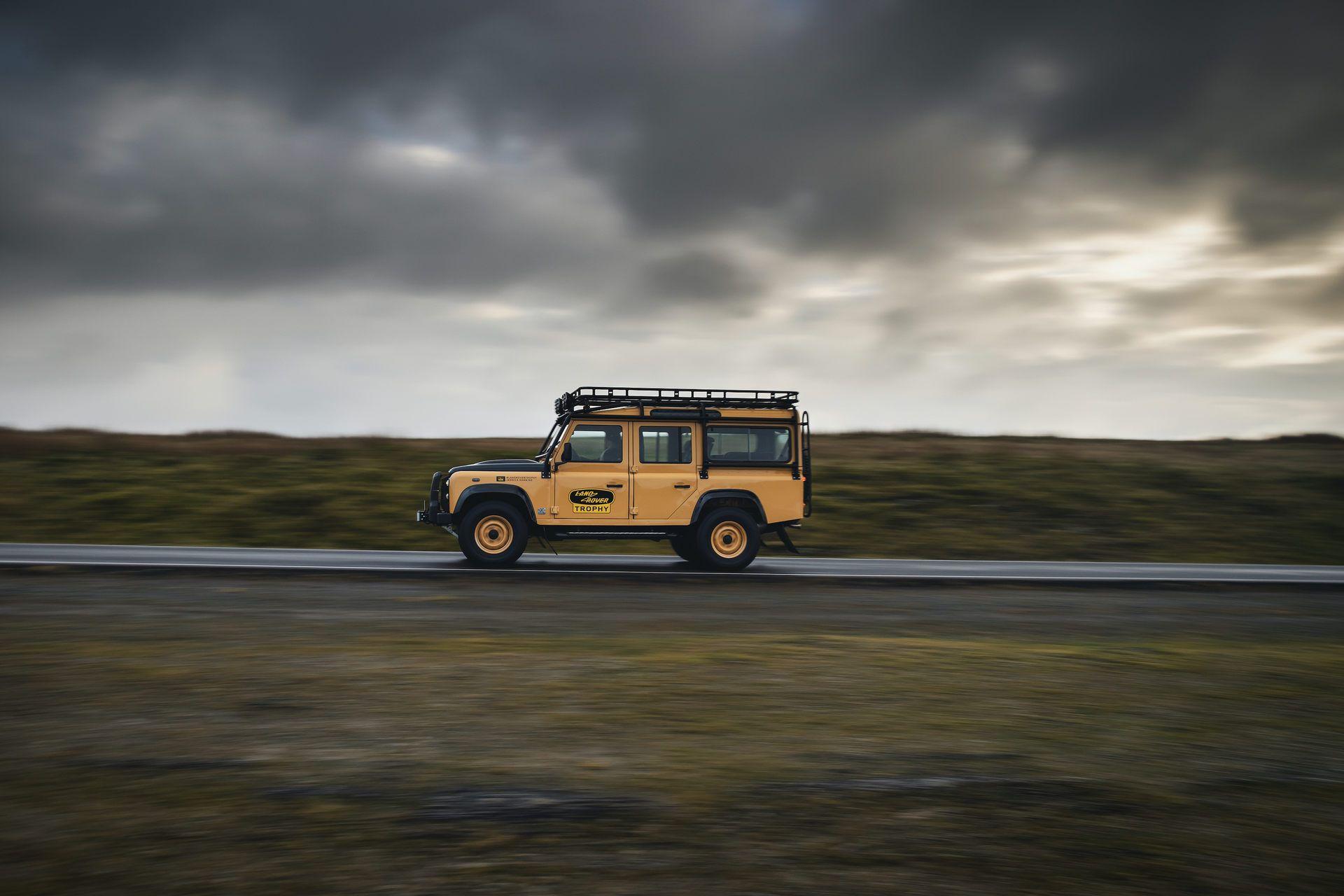 Land-Rover-Defender-Works-V8-Trophy-5
