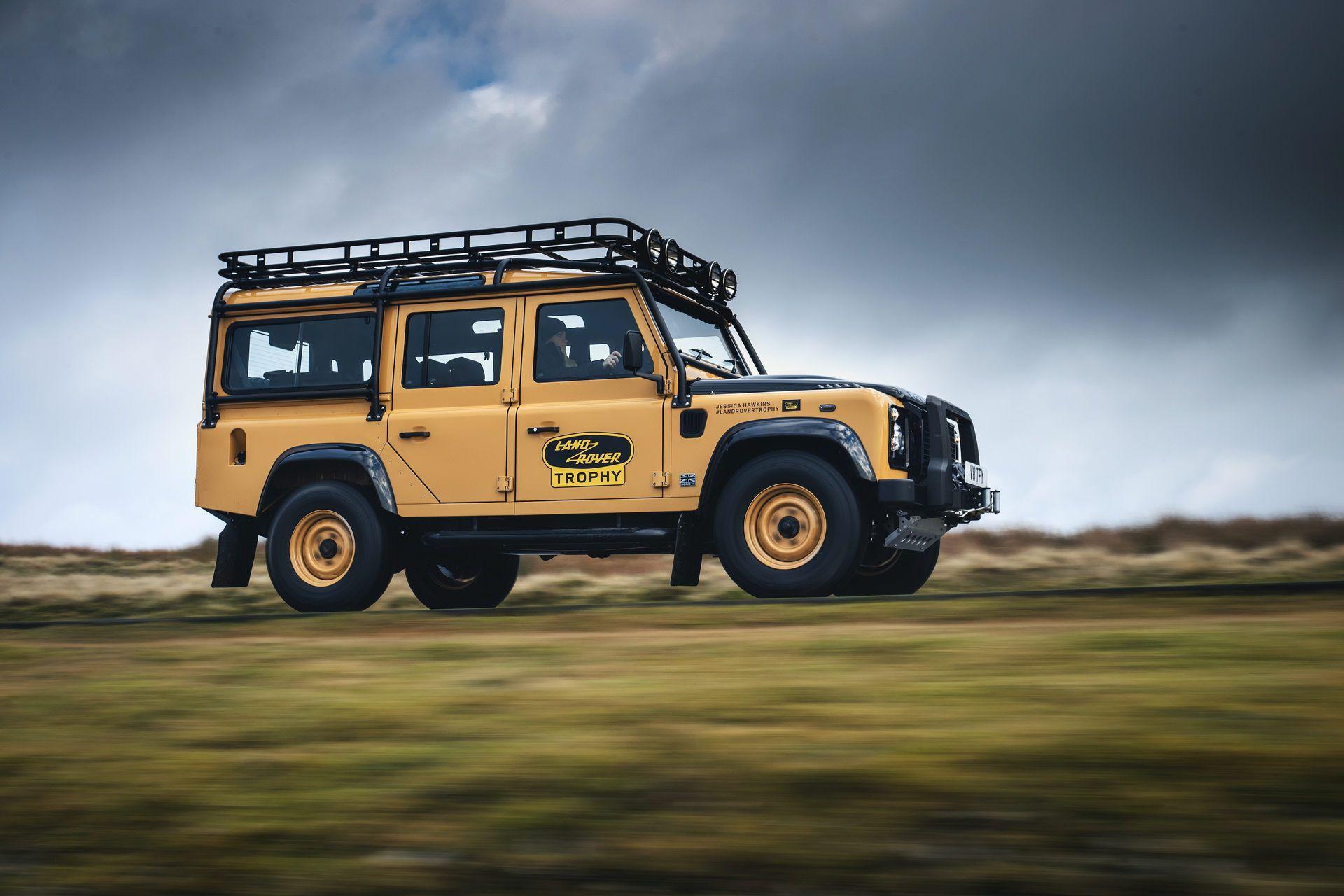 Land-Rover-Defender-Works-V8-Trophy-6