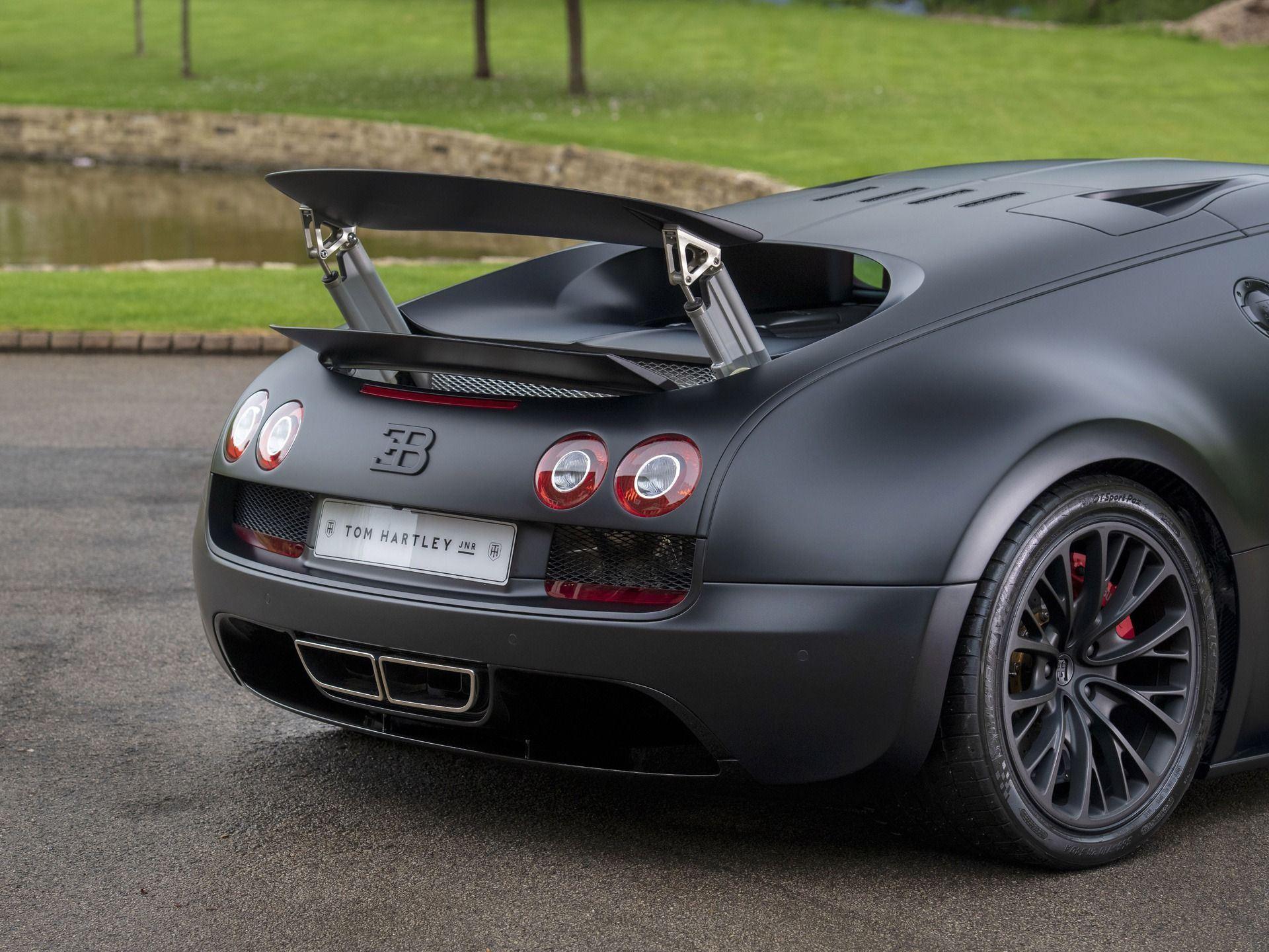Last_Bugatti_Veyron_Super_Sport_sale-0017