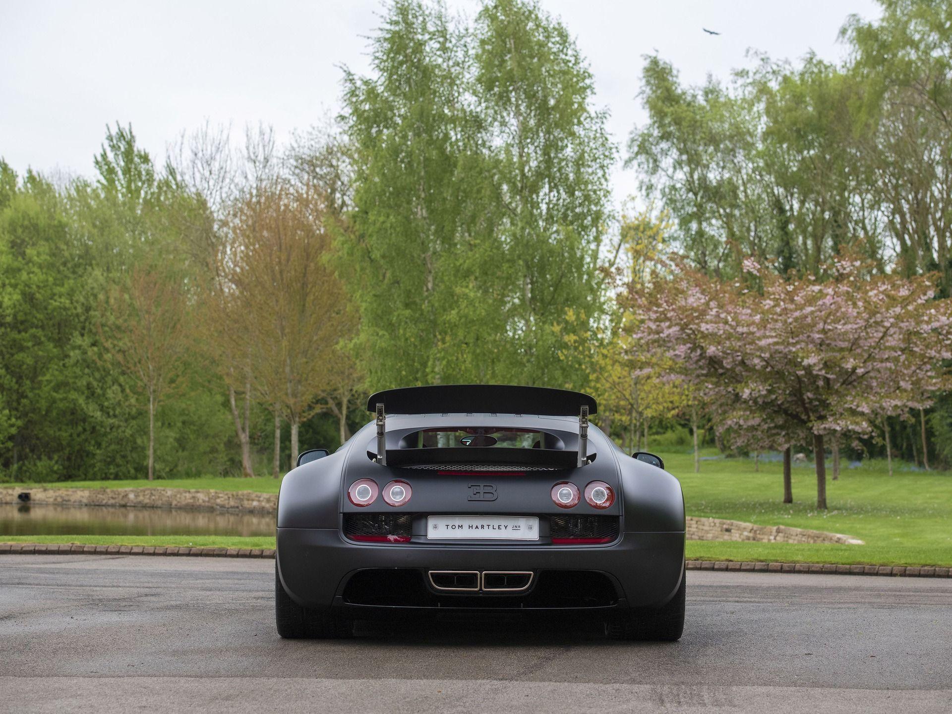 Last_Bugatti_Veyron_Super_Sport_sale-0021