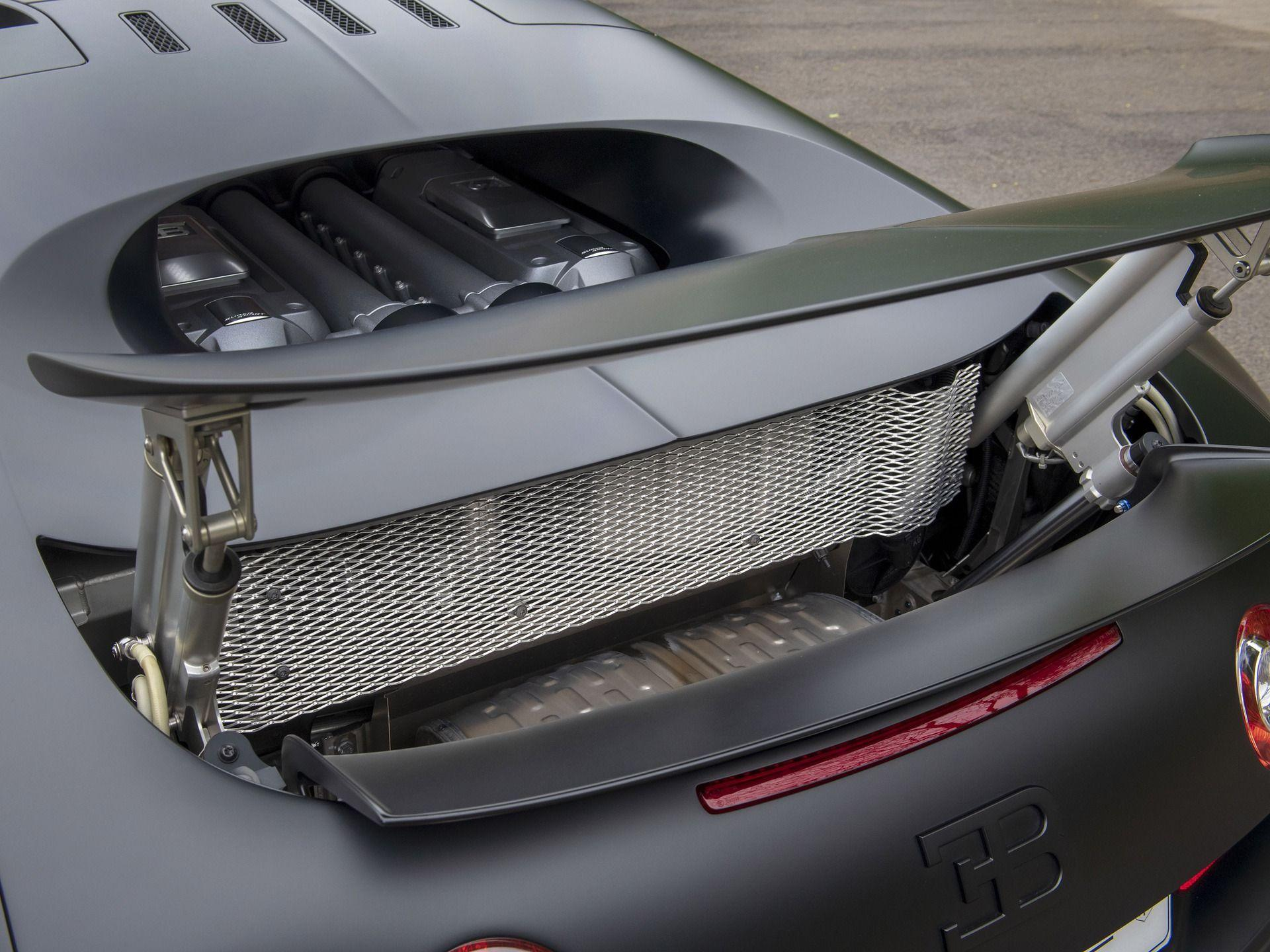 Last_Bugatti_Veyron_Super_Sport_sale-0023