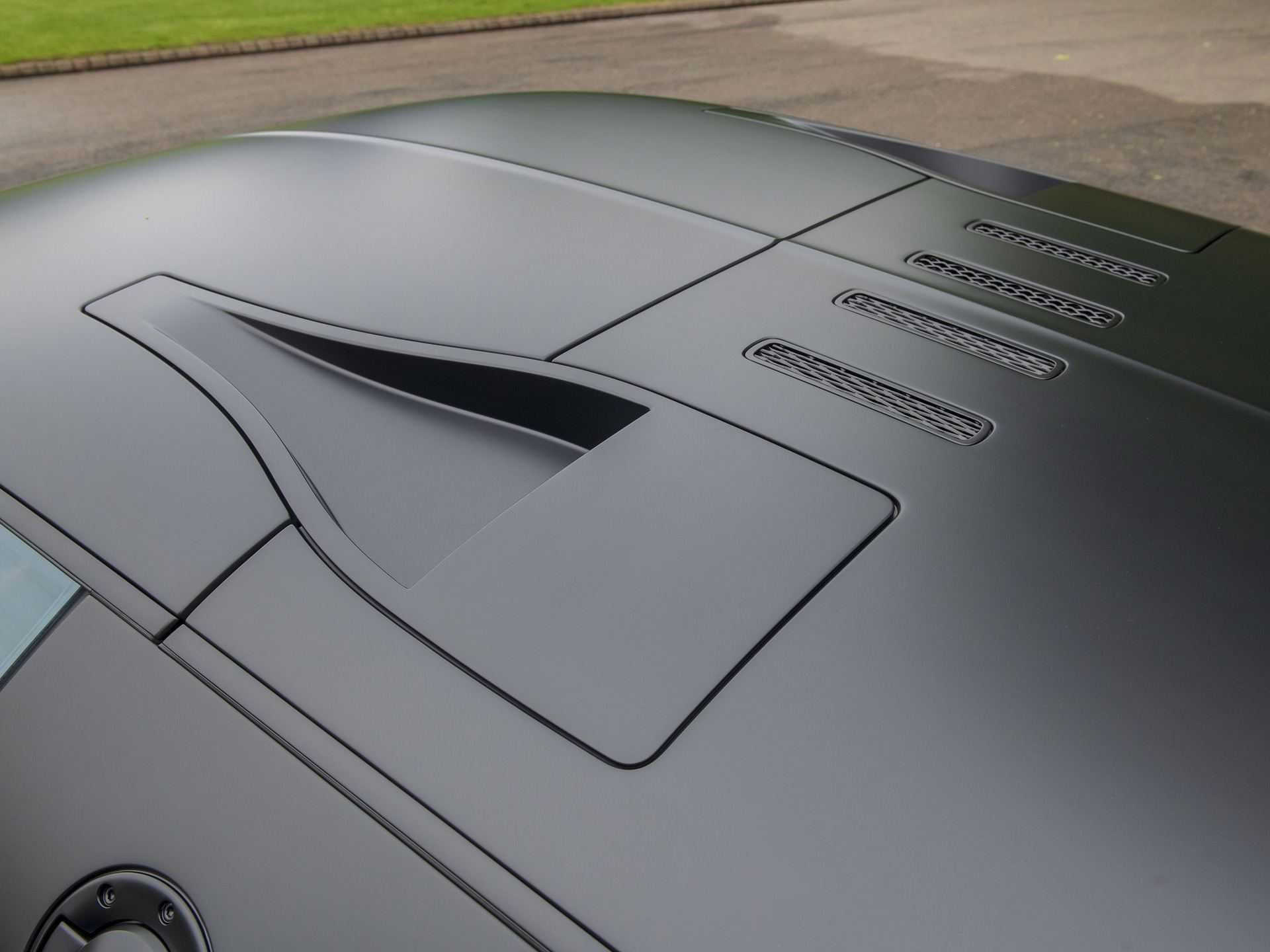 Last_Bugatti_Veyron_Super_Sport_sale-0024