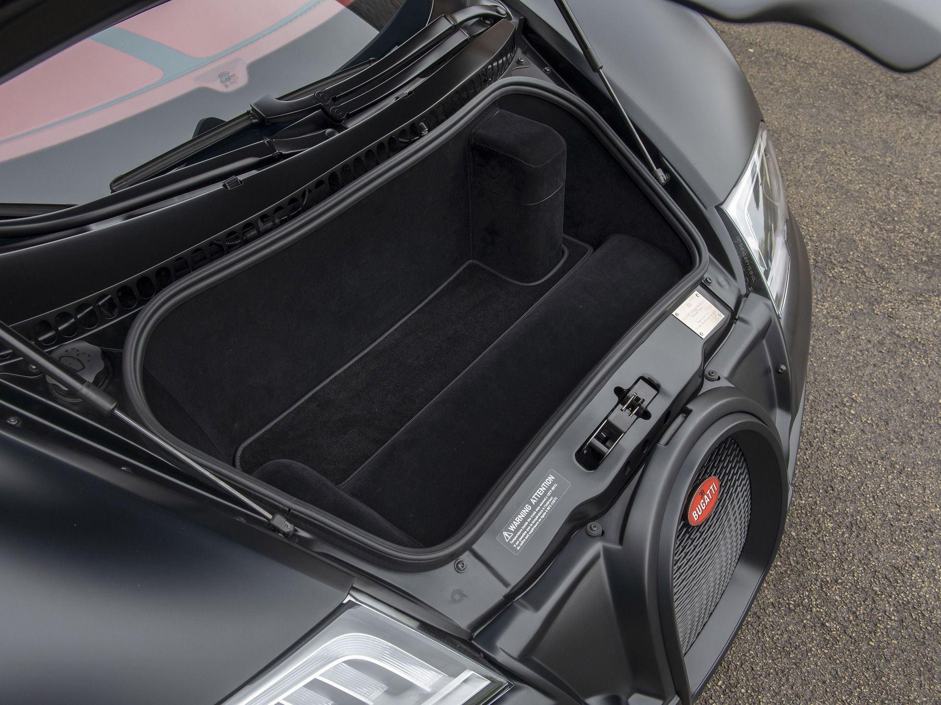Last_Bugatti_Veyron_Super_Sport_sale-0027