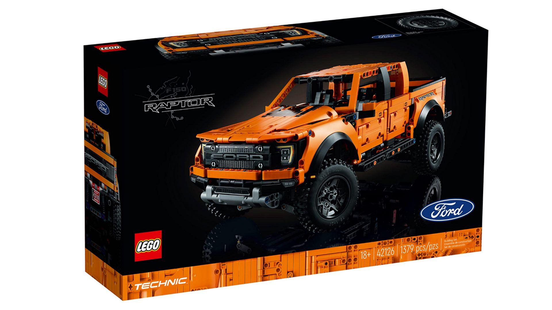 Lego-Technic-Ford-F-150-Raptor-10