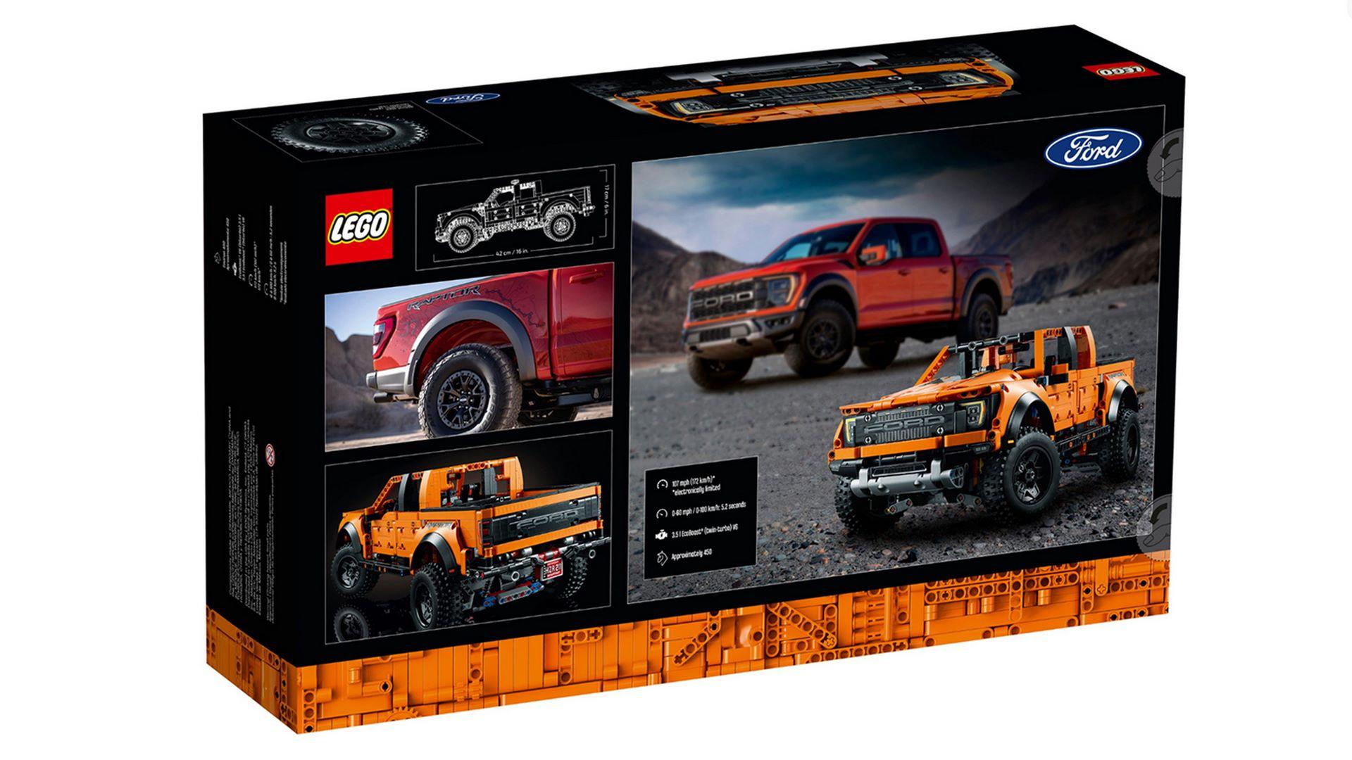 Lego-Technic-Ford-F-150-Raptor-11