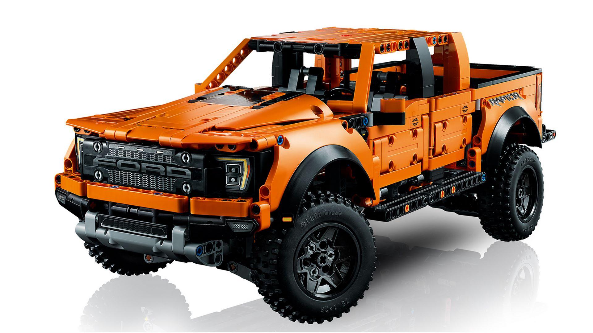 Lego-Technic-Ford-F-150-Raptor-4
