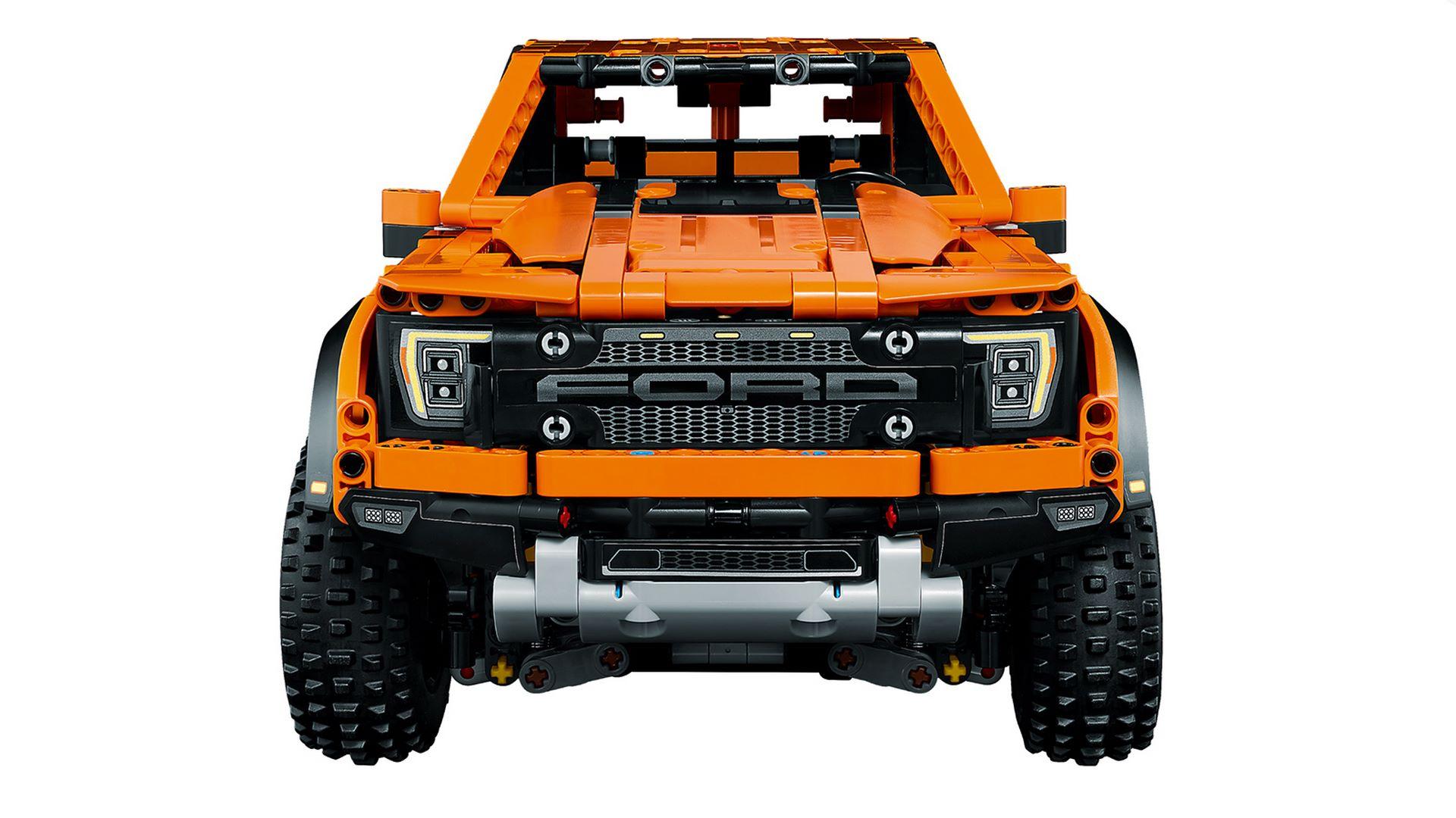 Lego-Technic-Ford-F-150-Raptor-5