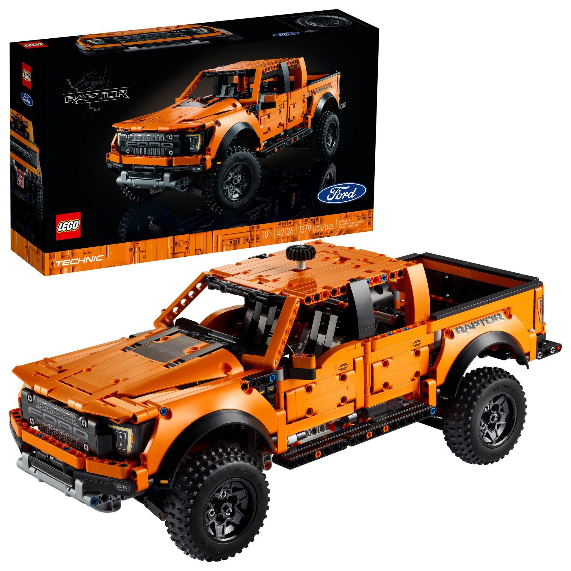 Lego-Technic-Ford-F-150-Raptor-9