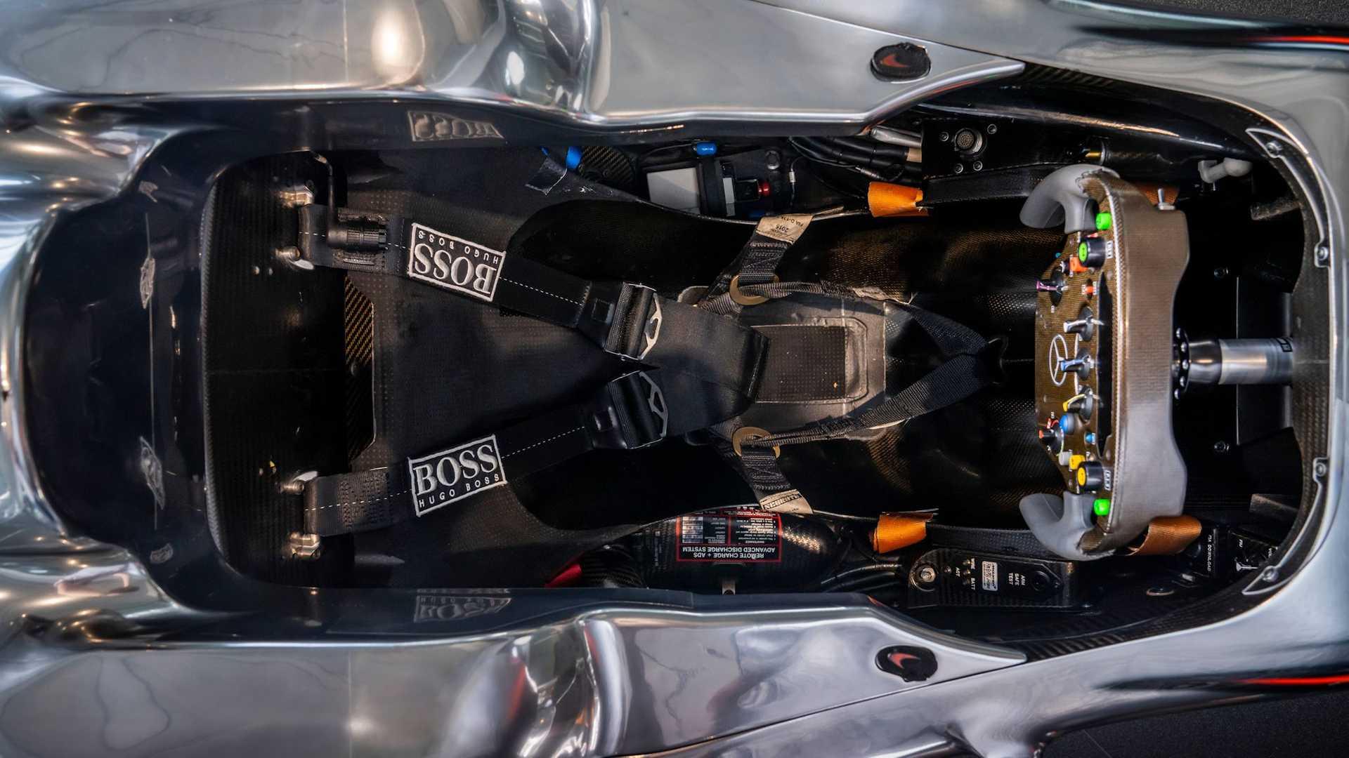 Lewis-Hamilton-McLaren-MP4-25A-auction-5