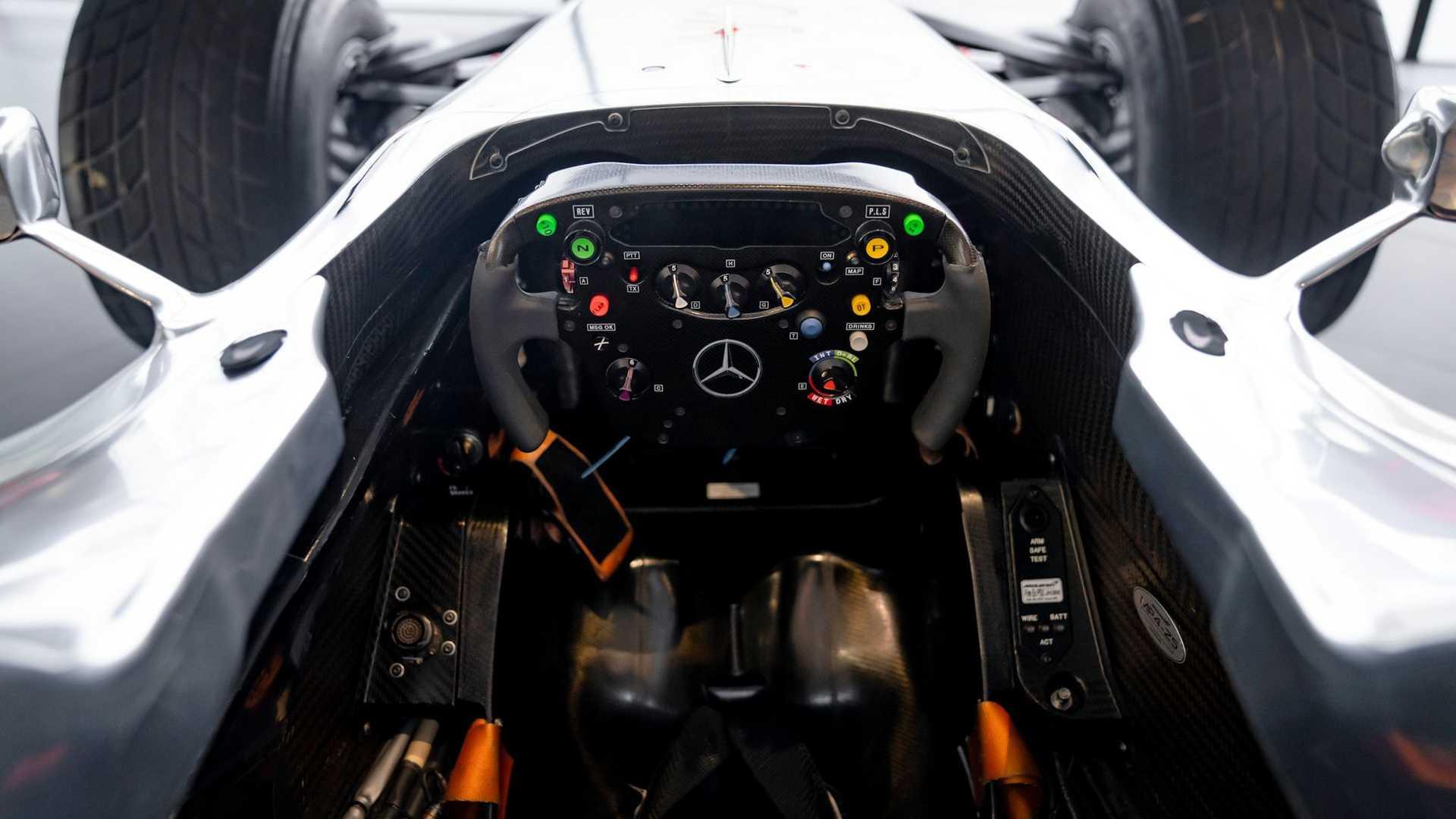 Lewis-Hamilton-McLaren-MP4-25A-auction-7