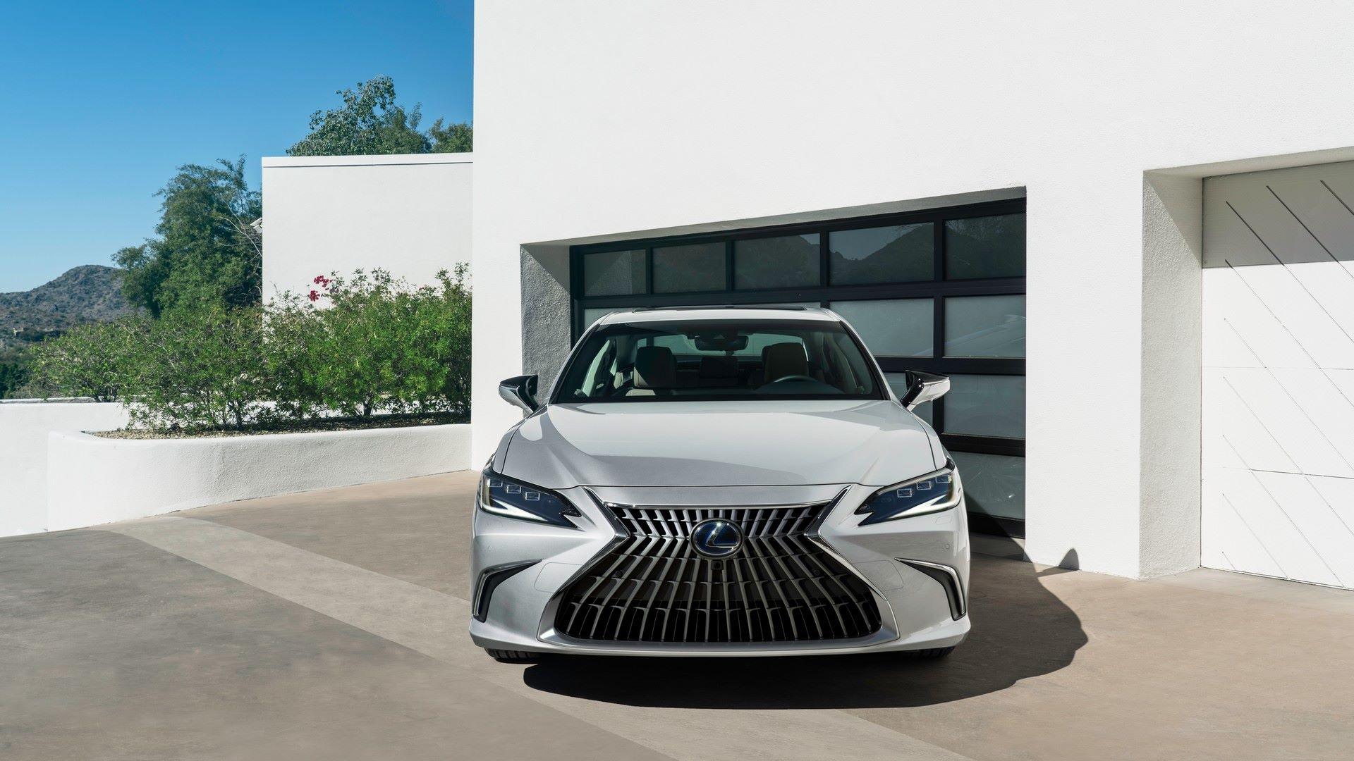 Lexus-ES-5