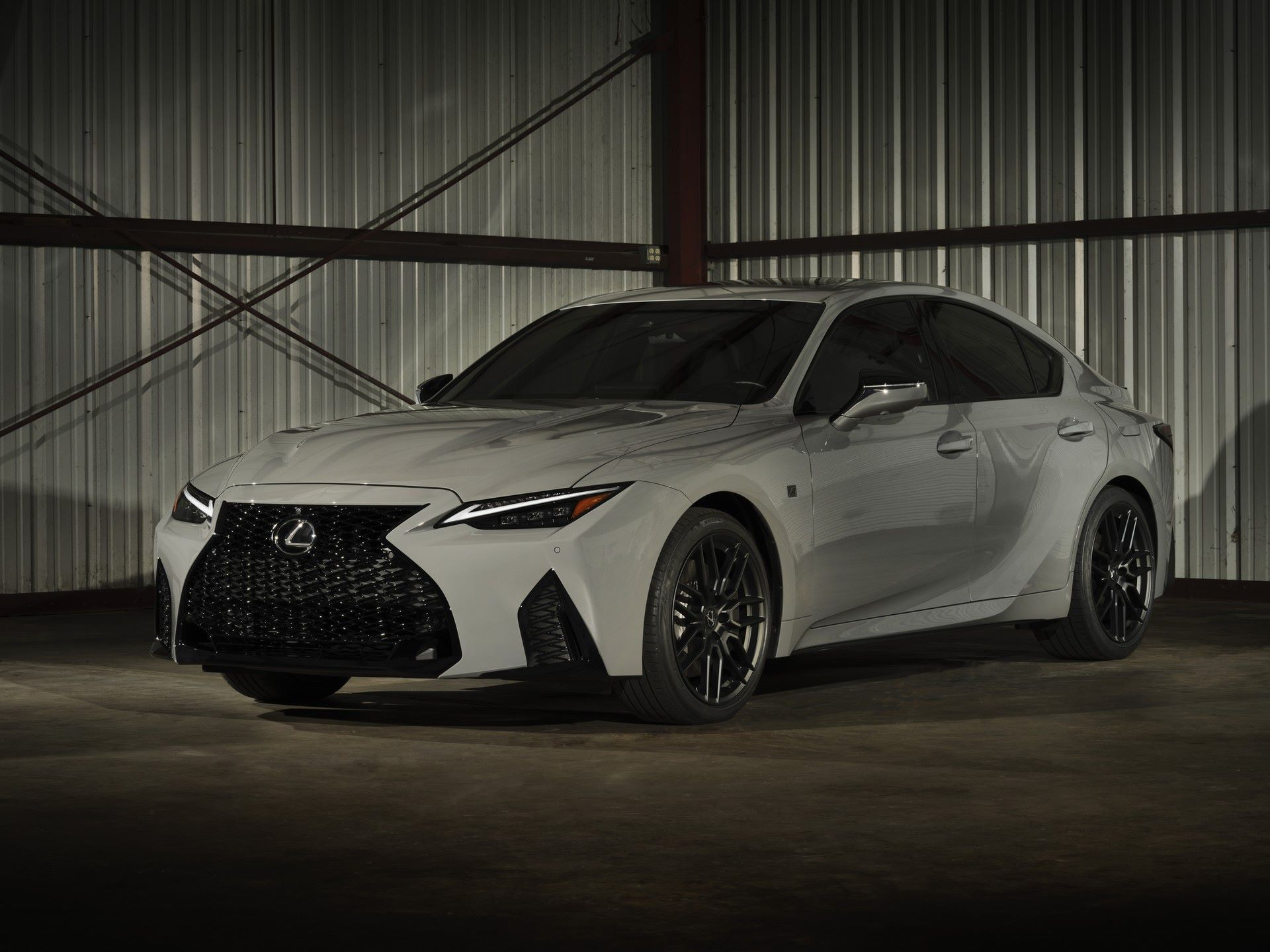 Lexus-IS-500-F-Sport-Performance-Launch-Edition-1