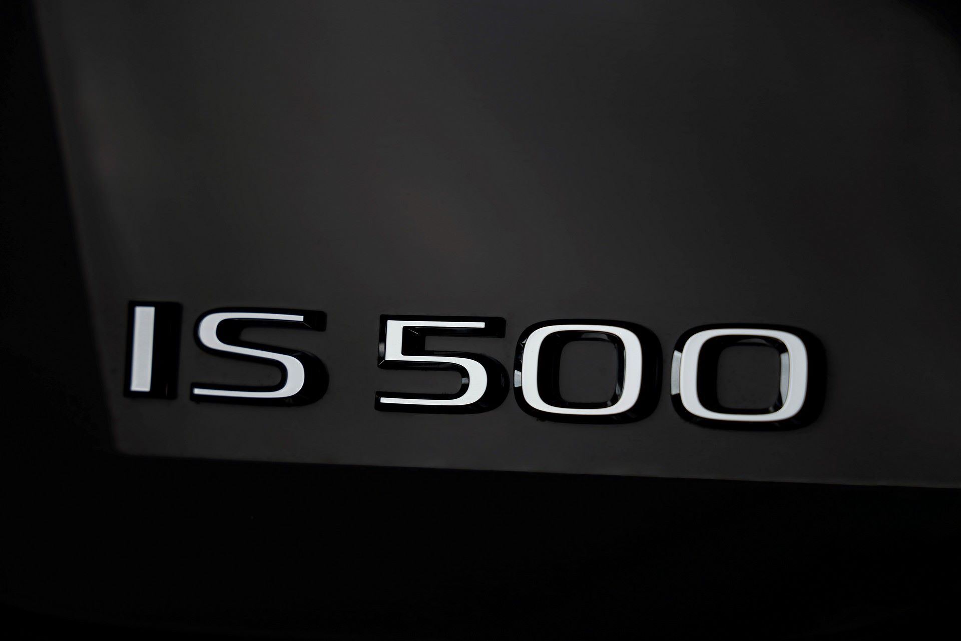 Lexus-IS-500-F-Sport-Performance-Launch-Edition-10