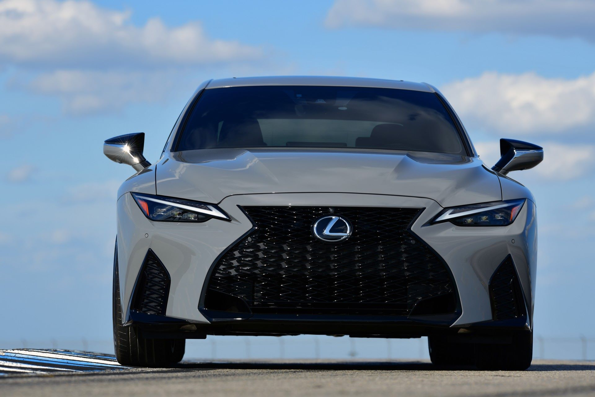 Lexus-IS-500-F-Sport-Performance-Launch-Edition-29