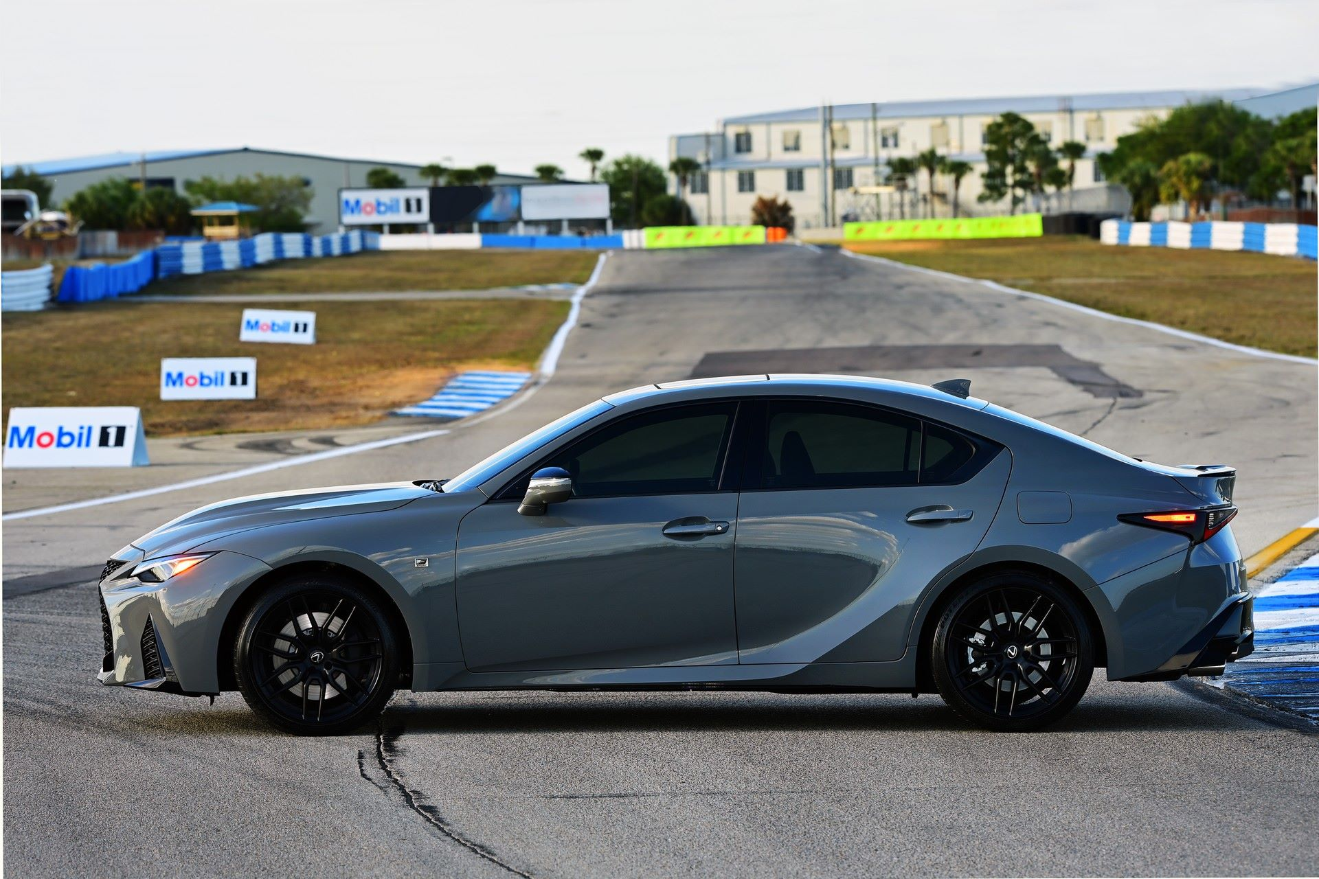 Lexus-IS-500-F-Sport-Performance-Launch-Edition-31