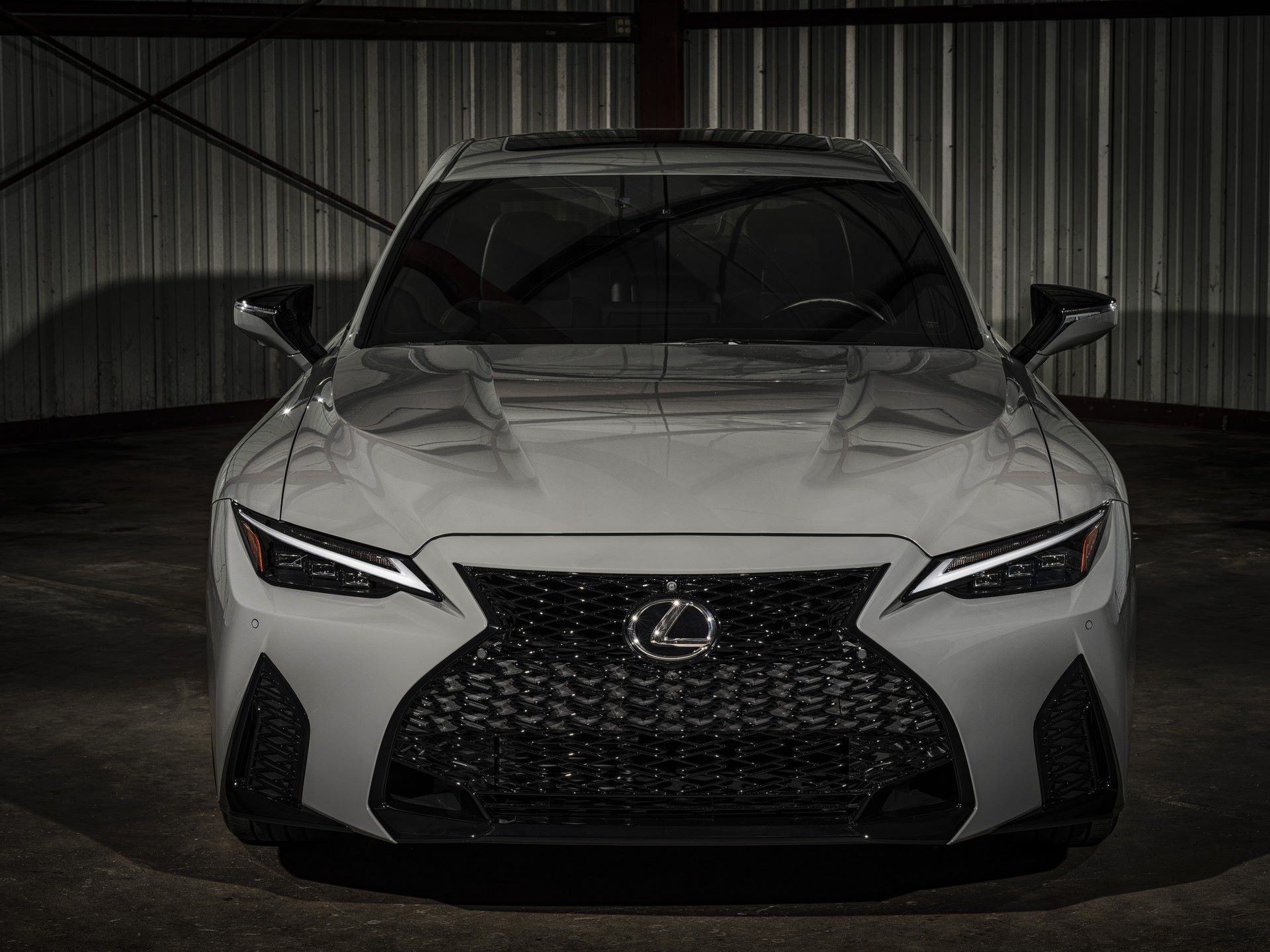 Lexus-IS-500-F-Sport-Performance-Launch-Edition-4