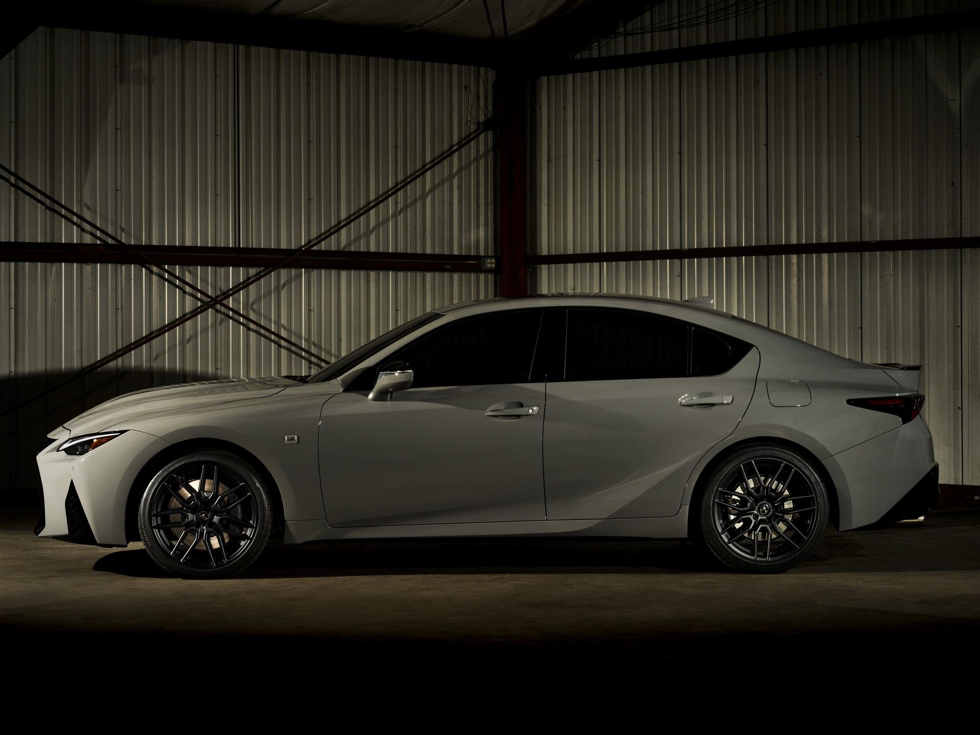 Lexus-IS-500-F-Sport-Performance-Launch-Edition-5