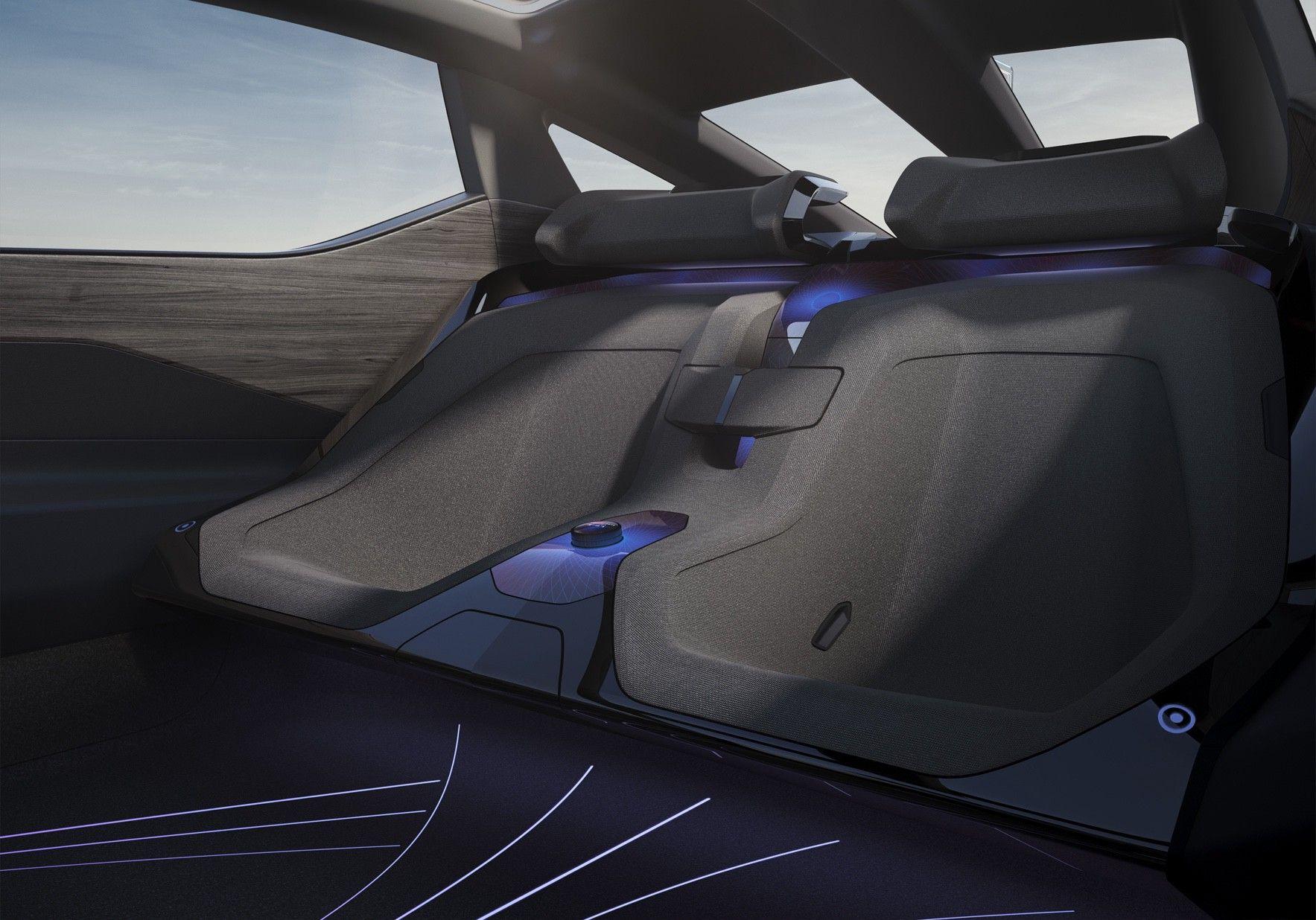 Lexus_LF-Z_0010