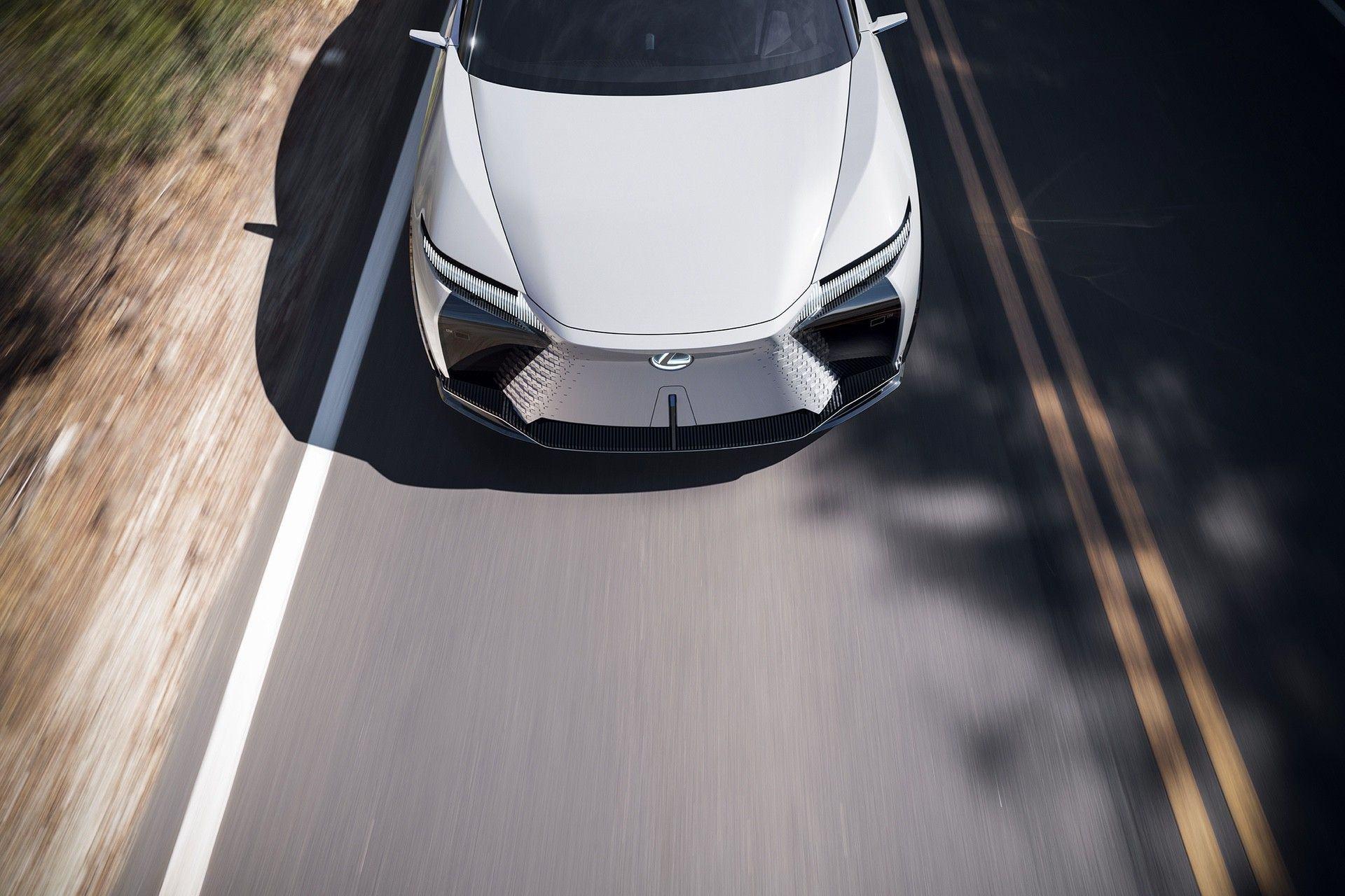 Lexus_LF-Z_0018