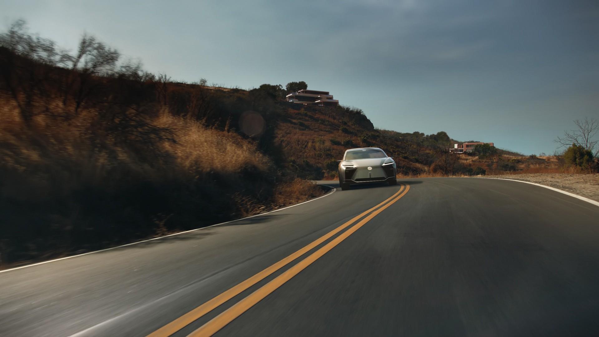 Lexus_LF-Z_0044