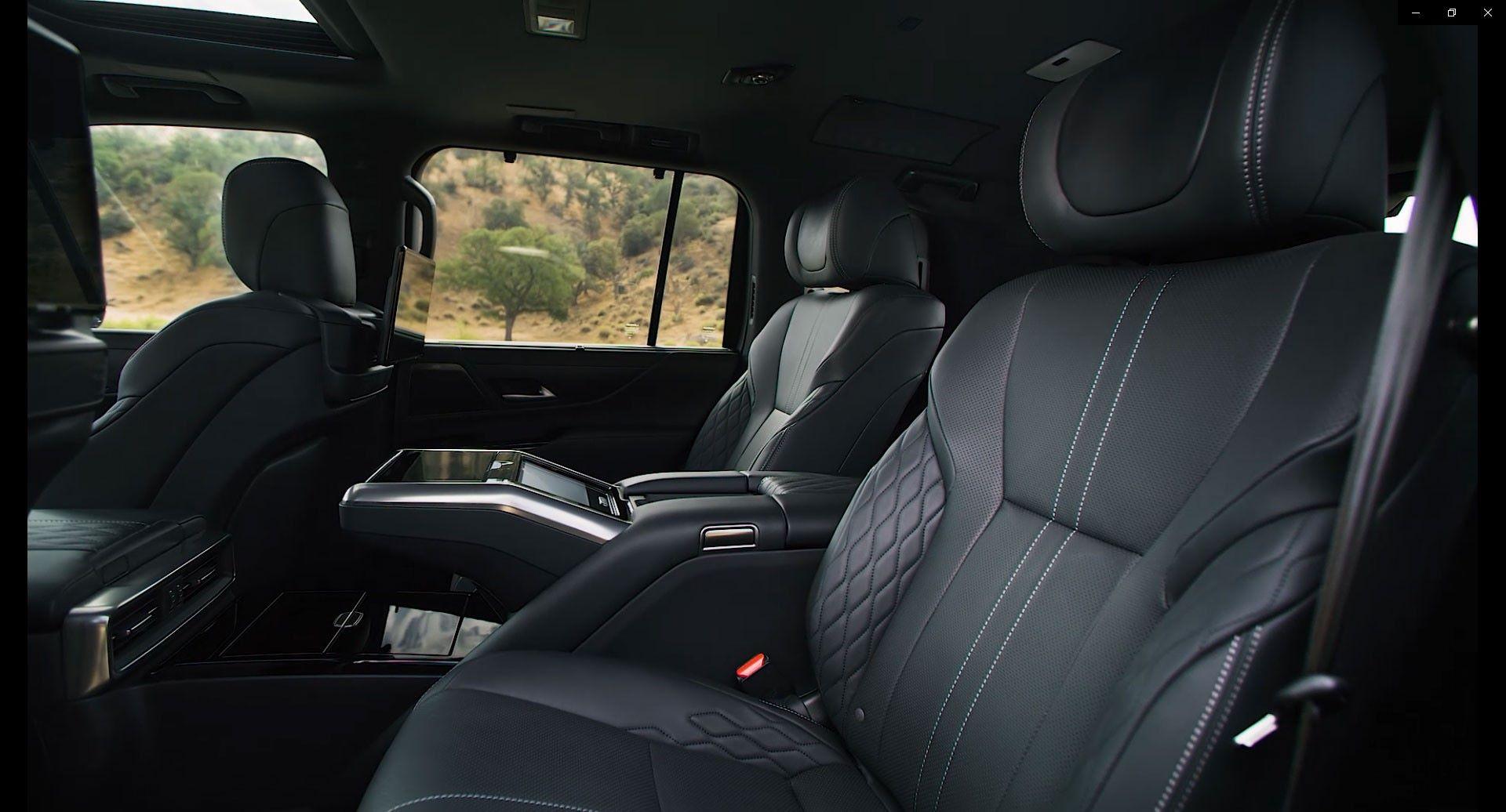 Lexus-LX-2021-24