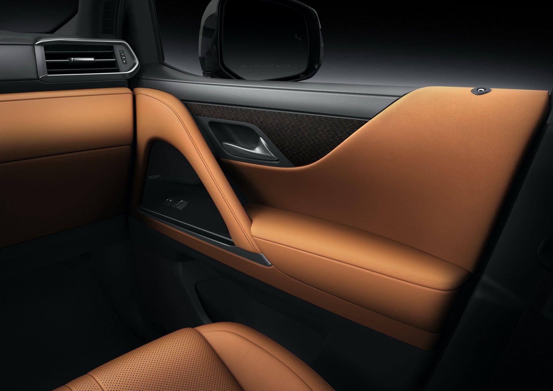 Lexus-LX-2021-46