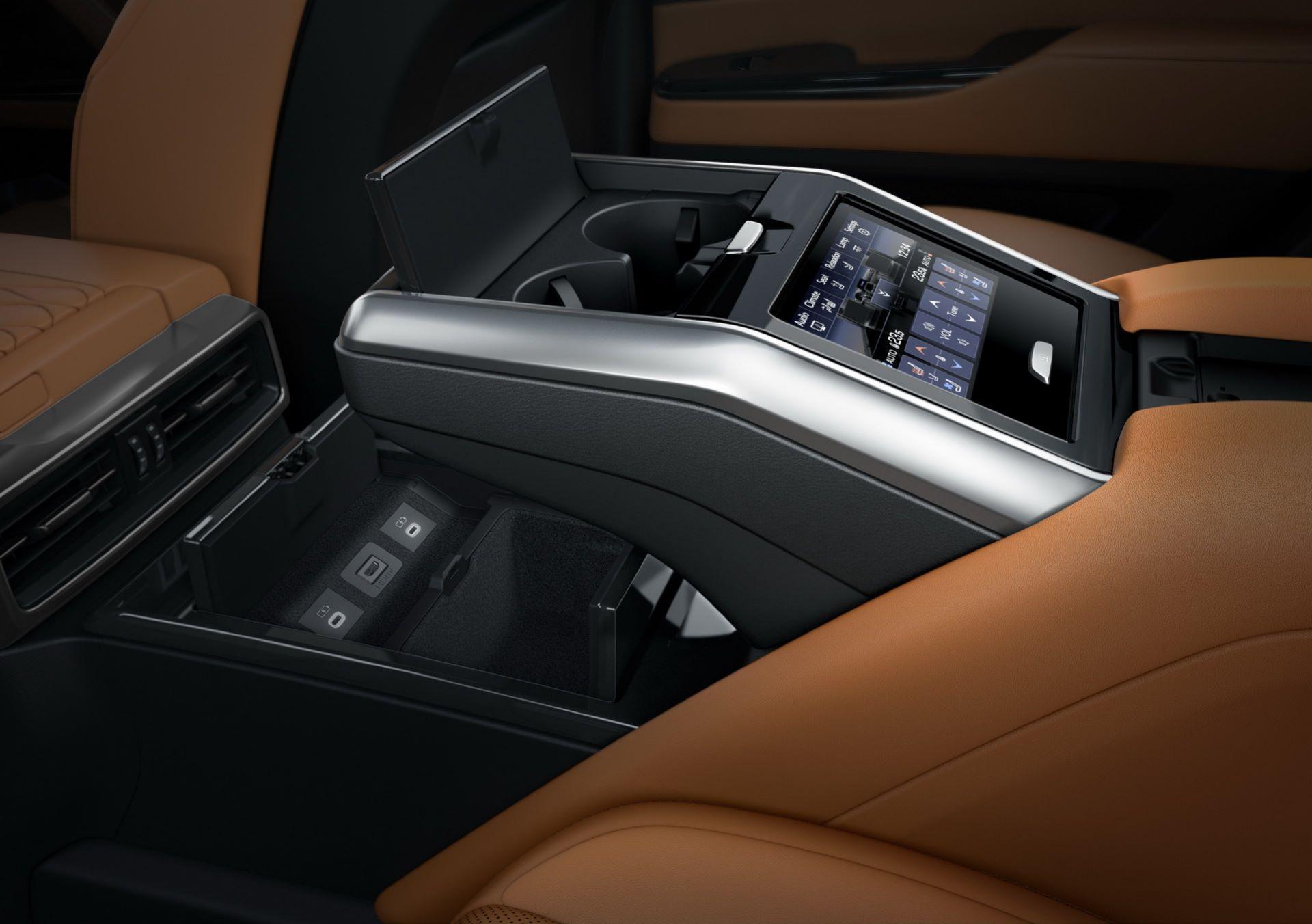 Lexus-LX-2021-60