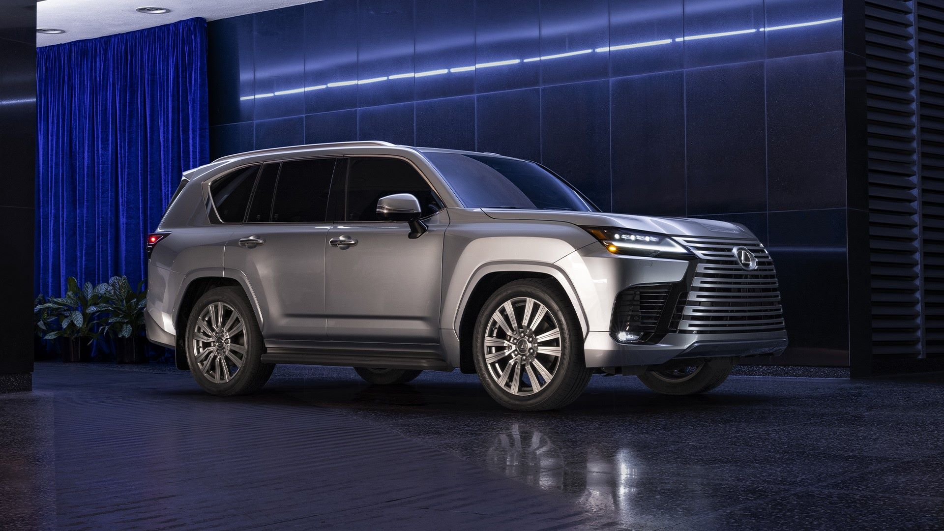 Lexus-LX-2021-8