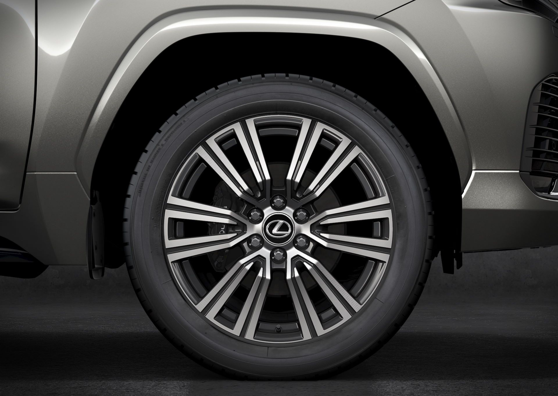 Lexus-LX-2021-97