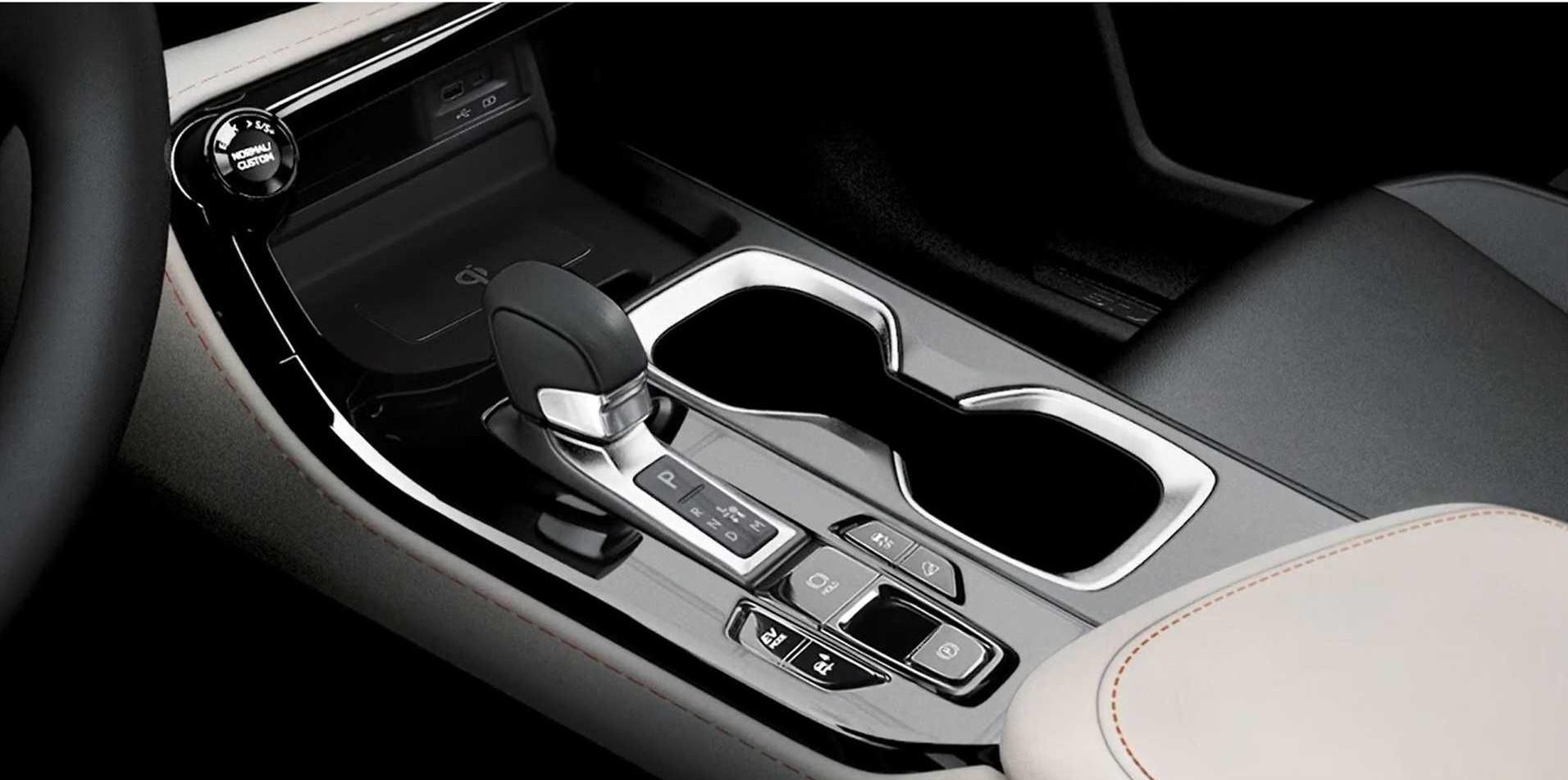 Lexus-NX-2021-leaked-8