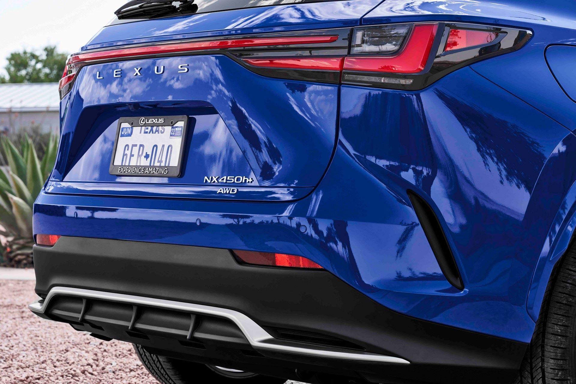 Lexus-NX-100