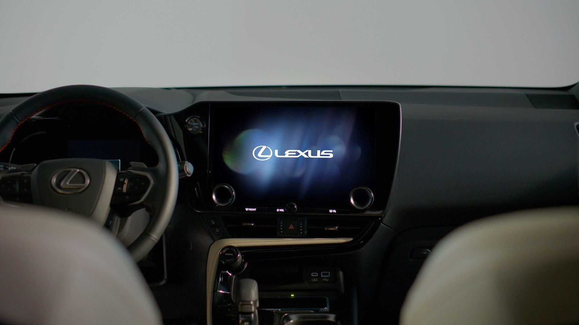 Lexus-NX-110