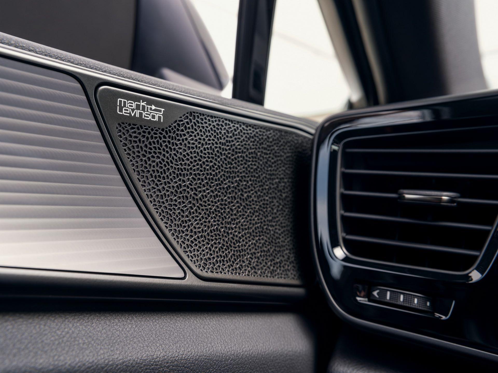 Lexus-NX-49
