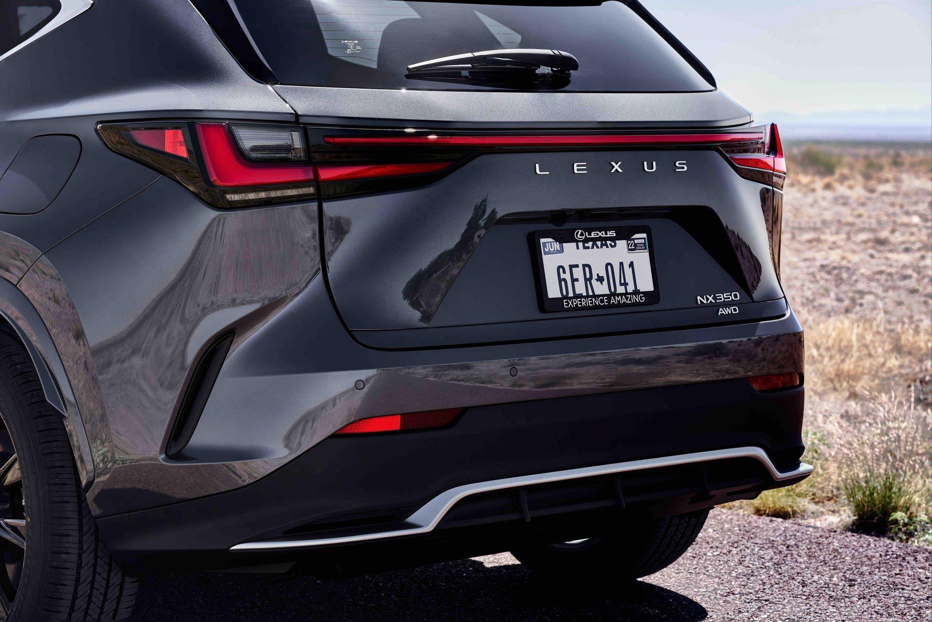Lexus-NX-70